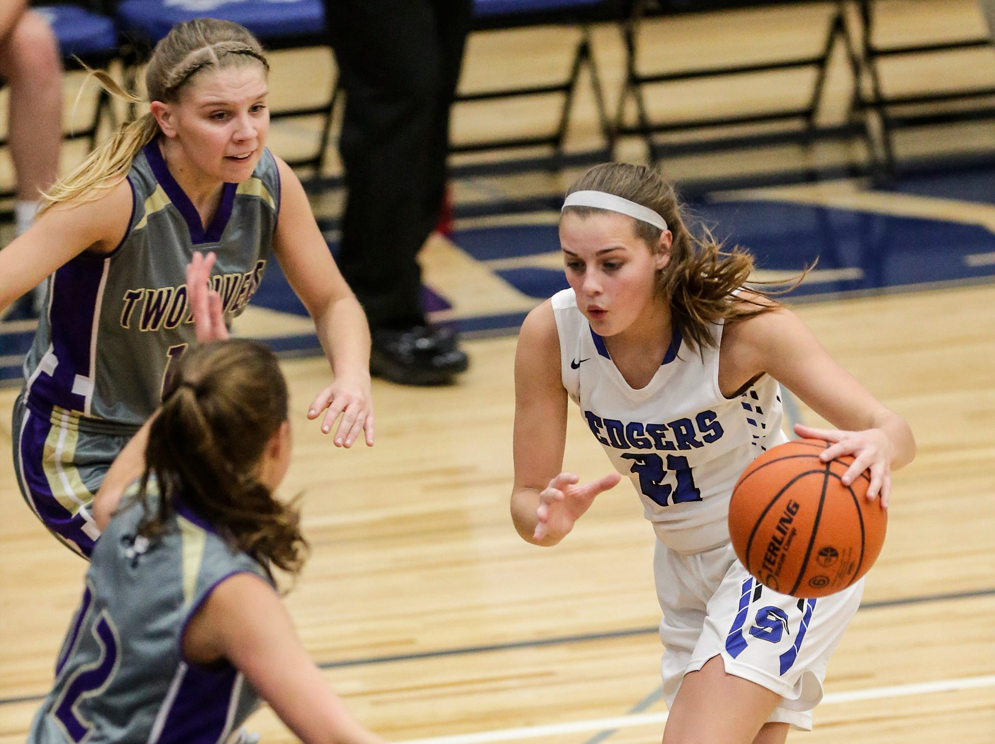 St. Mary's Springs girls basketball's Jennifer Chatterton drives towards the basket against Two Rivers High School during their game Friday, November 16, 2018 in Fond du Lac. Doug Raflik/USA TODAY NETWORK-Wisconsin