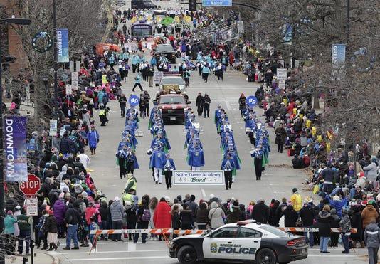 Green Bay Holiday Parade 1