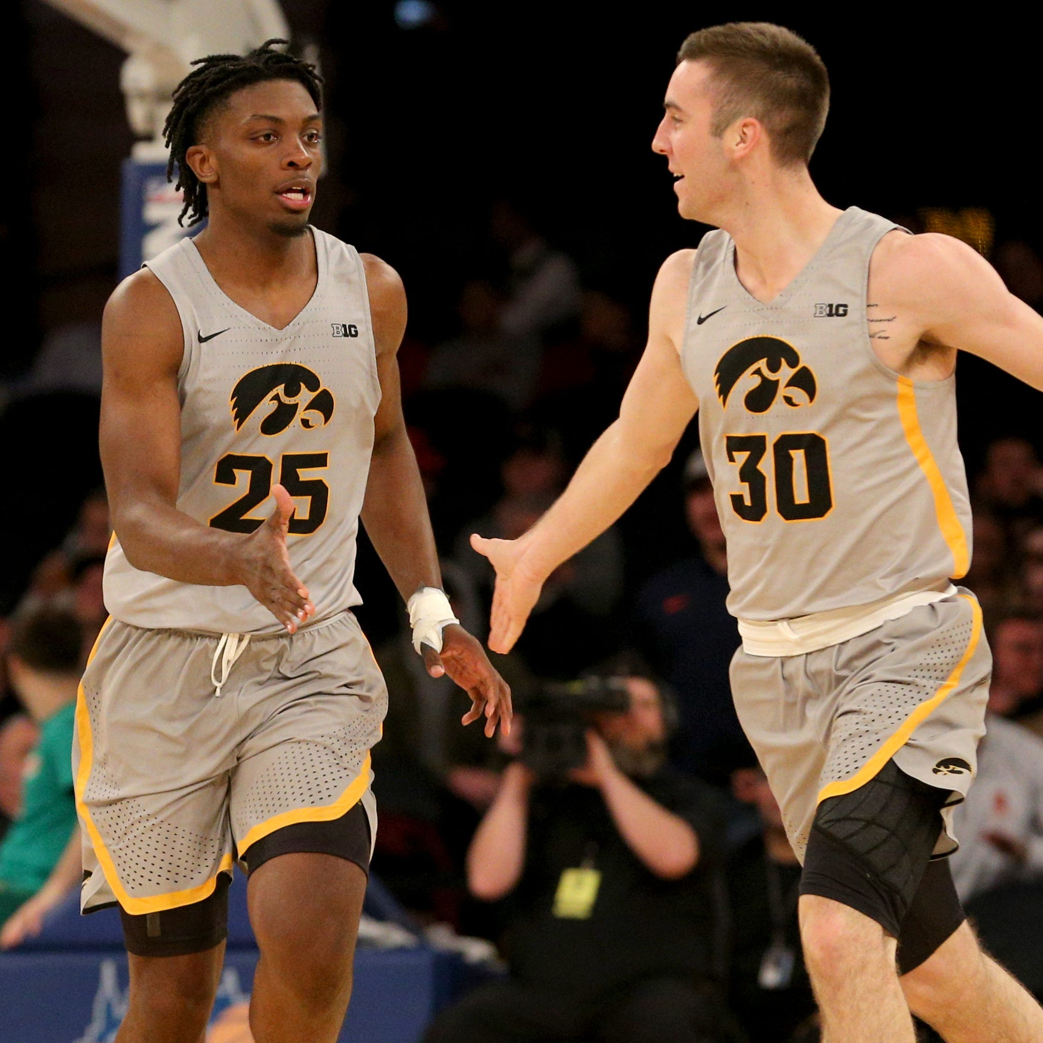 Iowa men's basketball team nationally ranked for first time in three years