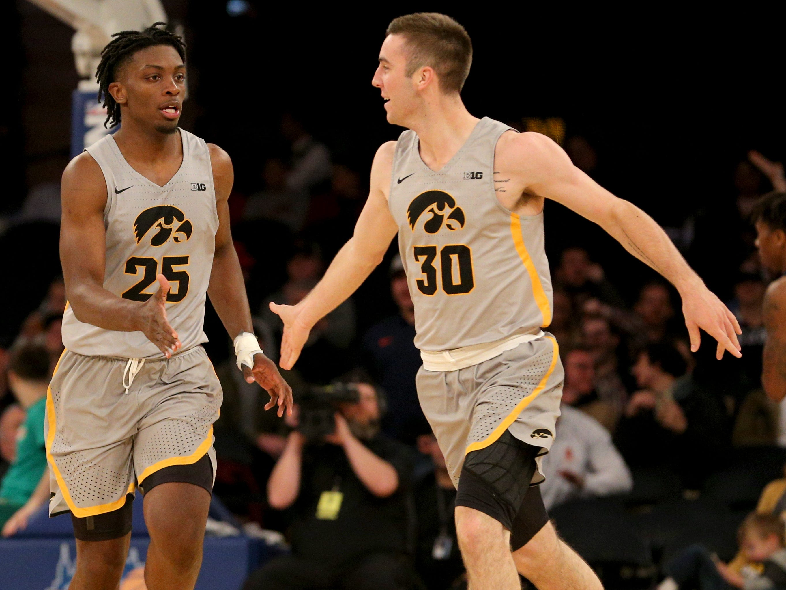 Final thoughts on Hawkeyes' impressive weekend at the 2K Classic in New York