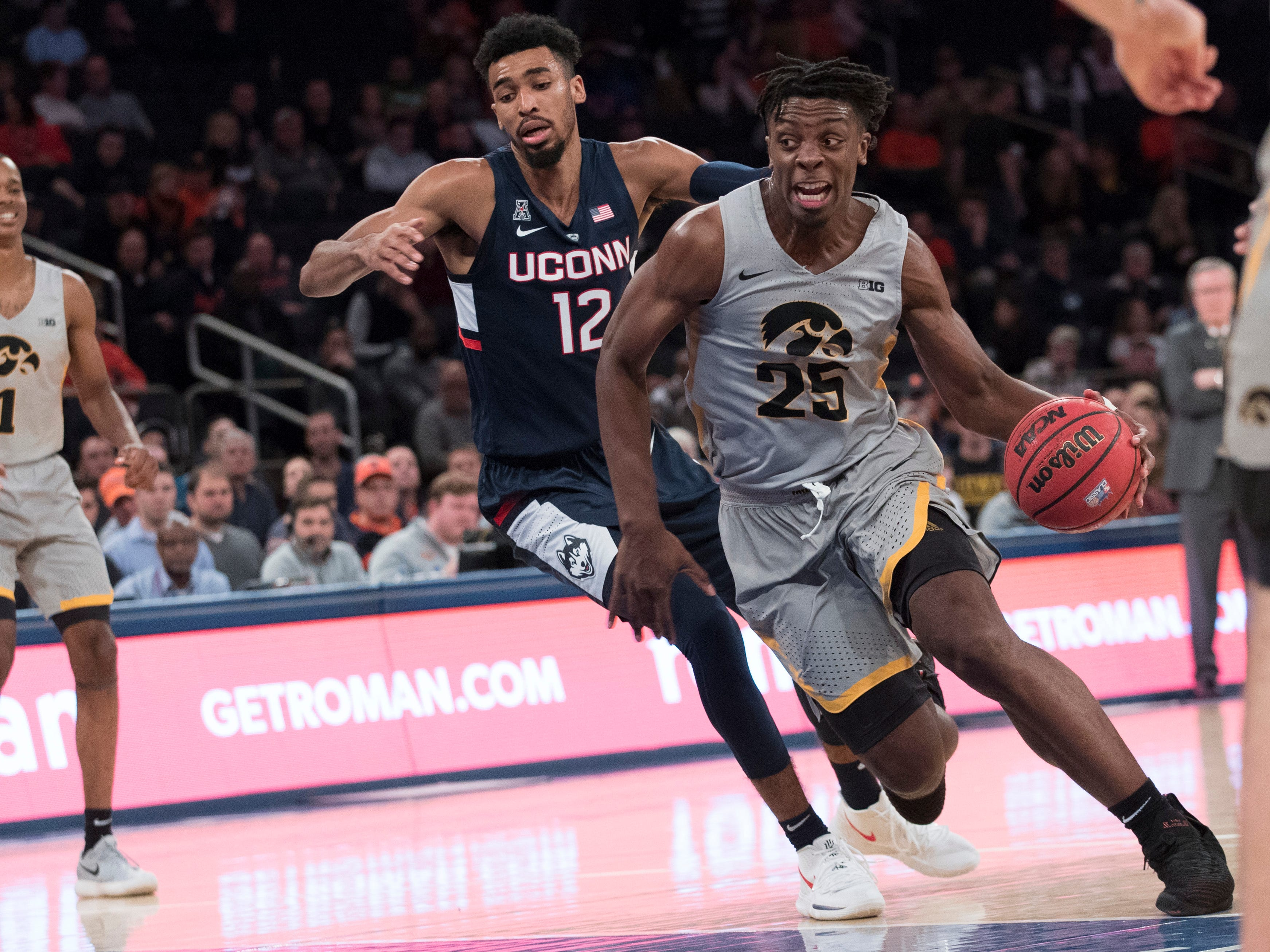 Iowa basketball blows past Connecticut to win 2K Classic Tournament