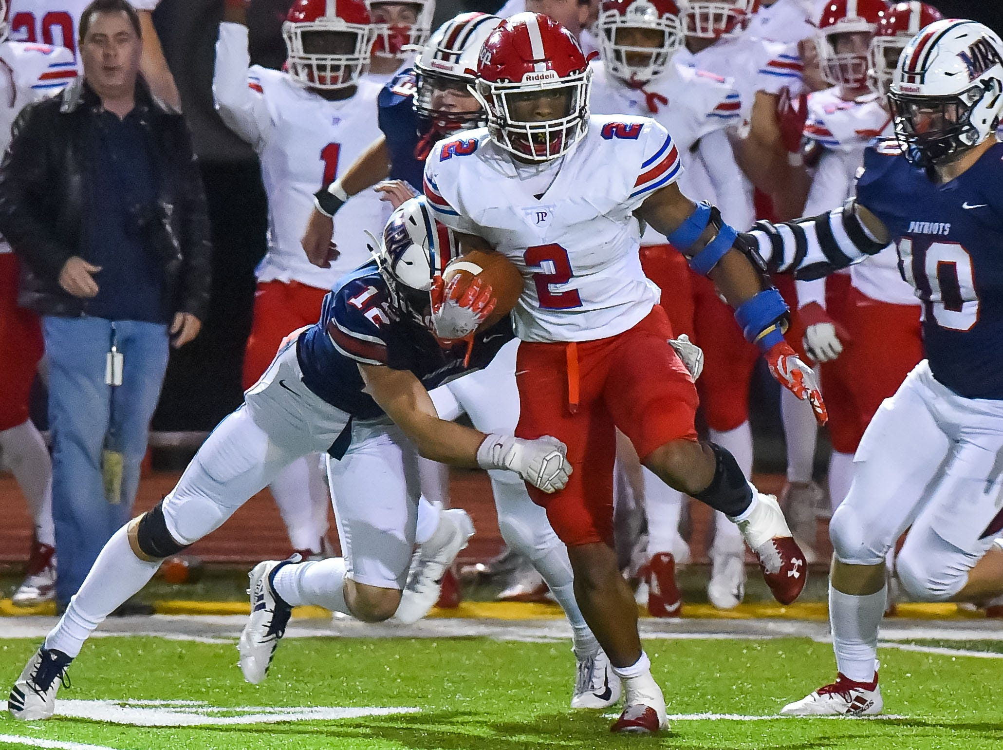 Jackson Prep's Jerrion Ealy (2) cuts back against Madison Ridgeland Academy during the MAIS Class AAAA Championship Football game held at Jackson Academy in Jackson, MS, Thursday November 16, 2018.(Bob Smith-For The Clarion Ledger)