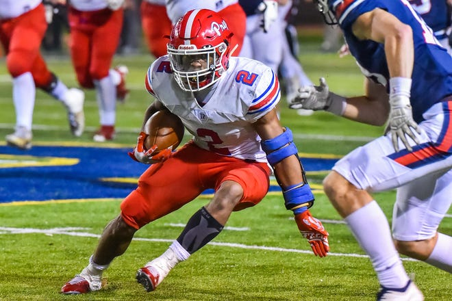 Jackson Prep's Jerrion Ealy (2) looks for running room against MRA during the MAIS Class AAAA Championship Football game held at Jackson Academy in Jackson, MS, Thursday November 16, 2018.(Bob Smith-For The Clarion Ledger)
