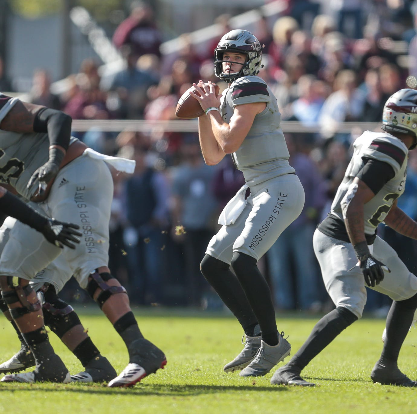 Mississippi State sends Fitzgerald, seniors out in style in stomping of Arkansas