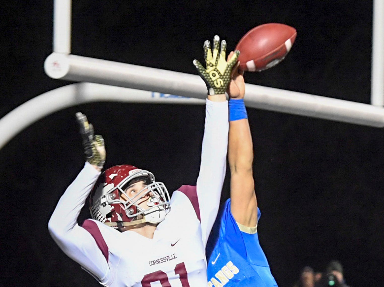 Huntingdon's Hunter Ensley deflects a pass intended for Cornersville's Peyton Finch during their TSSAA Class A quarter final game, Friday, November 16. Huntingdon fell to Cornersville, 13-7.