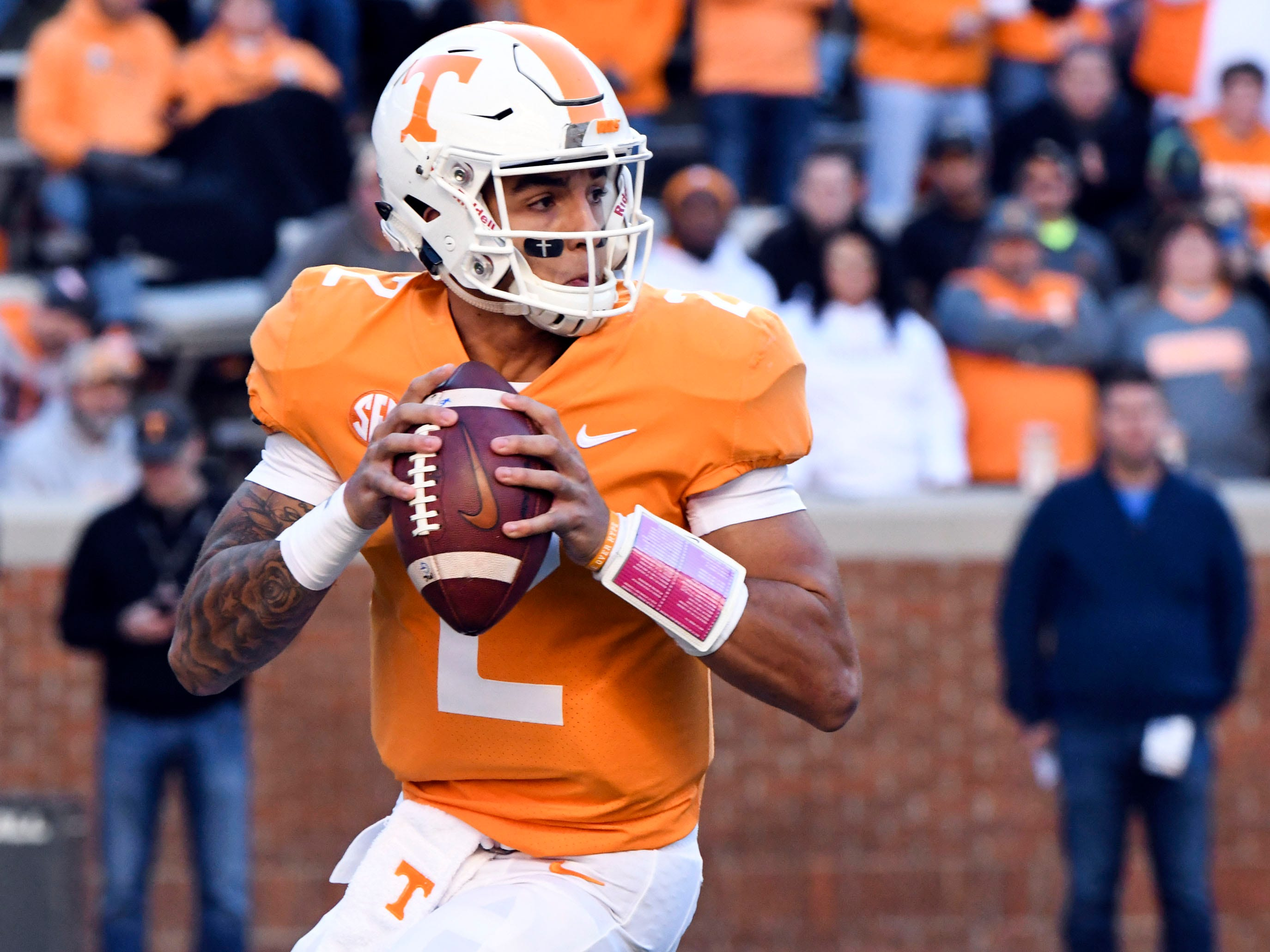 Tennessee quarterback Jarrett Guarantano (2) looks for an open receiver during the Tennessee and Missouri football game on Saturday, November 17, 2018.