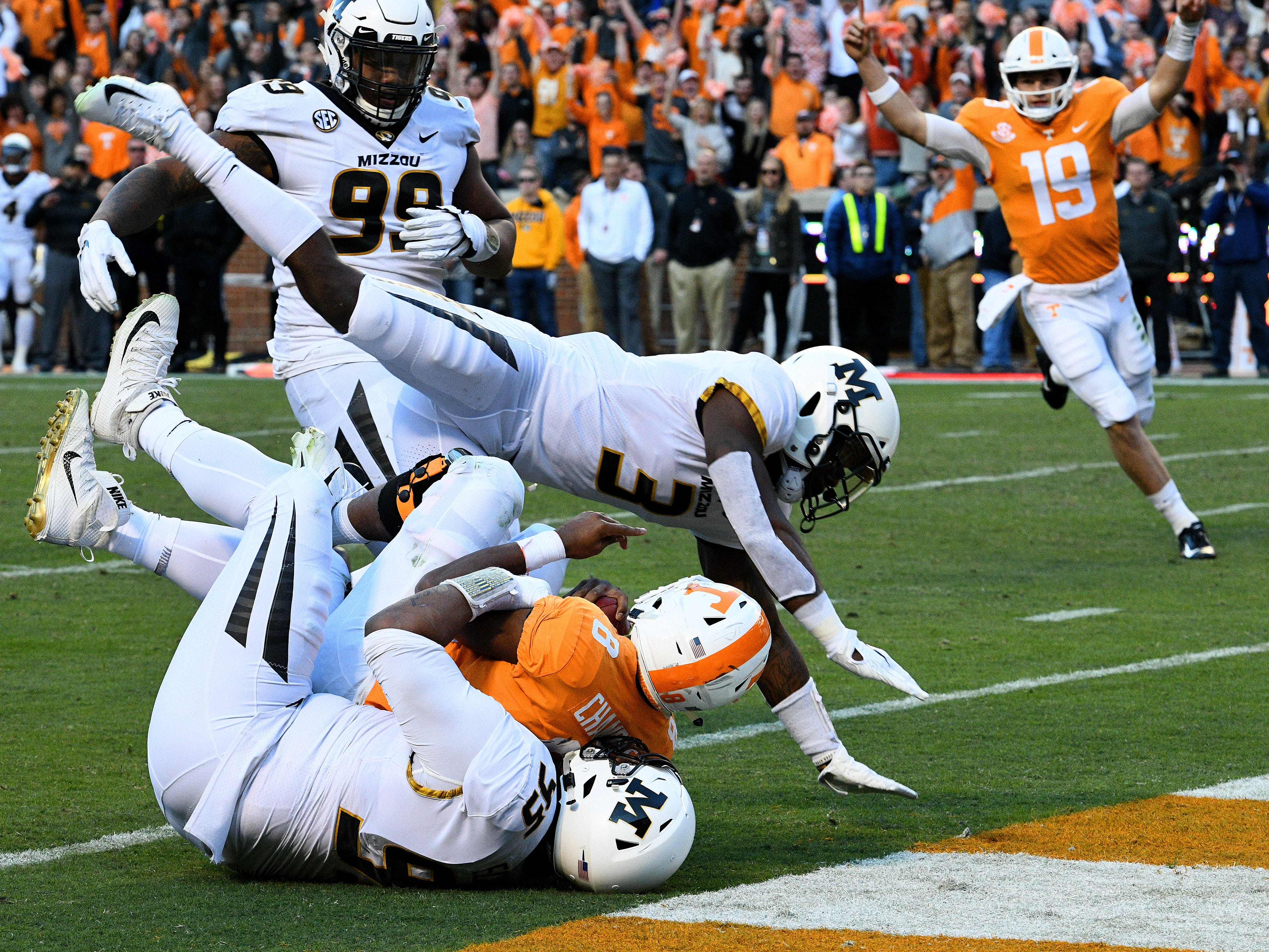 Tennessee running back Ty Chandler (8) scores touchdown  during first half action against Missouri Saturday, Nov. 17, 2018 at Neyland Stadium in Knoxville, Tenn.
