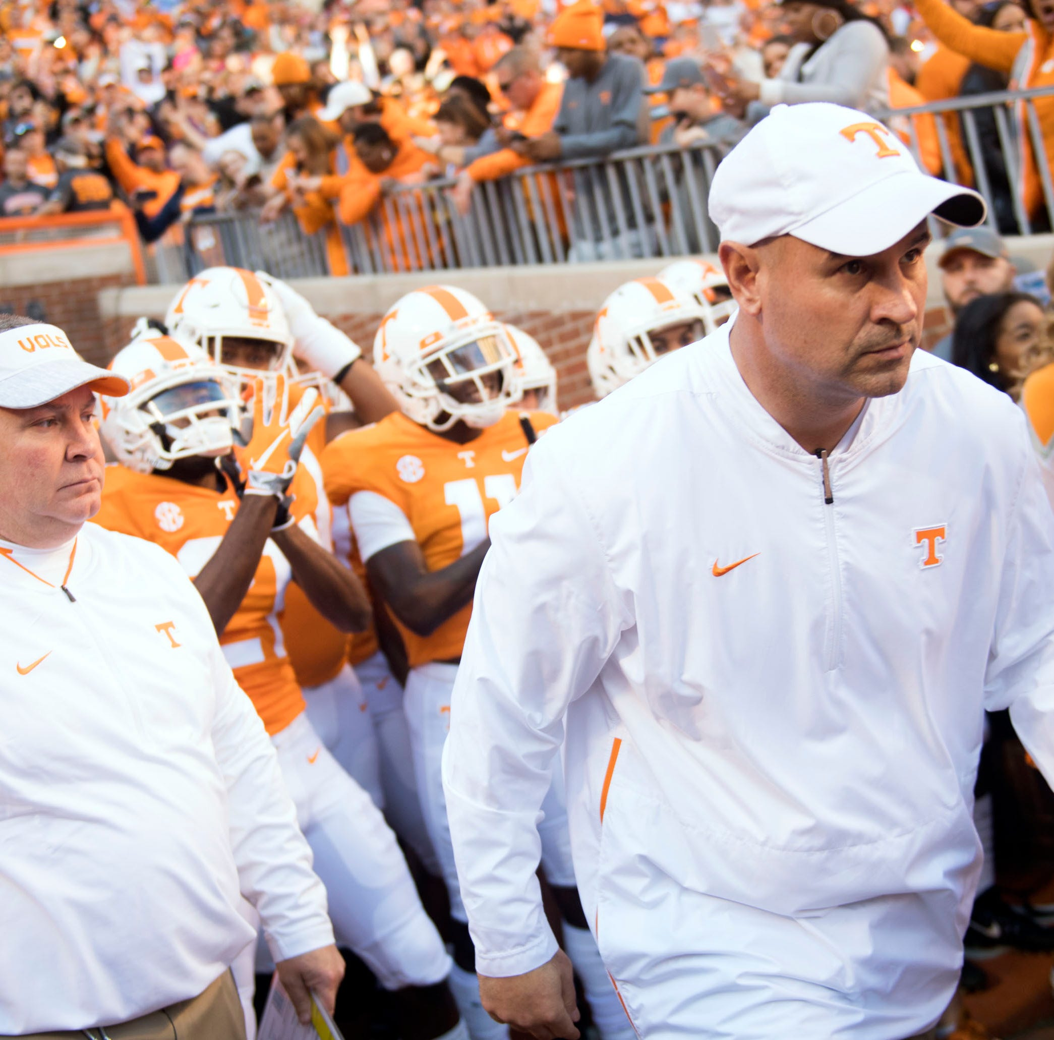 Tennessee basketball meets Vols football: Rick Barnes interviews Jeremy Pruitt for 94 feet