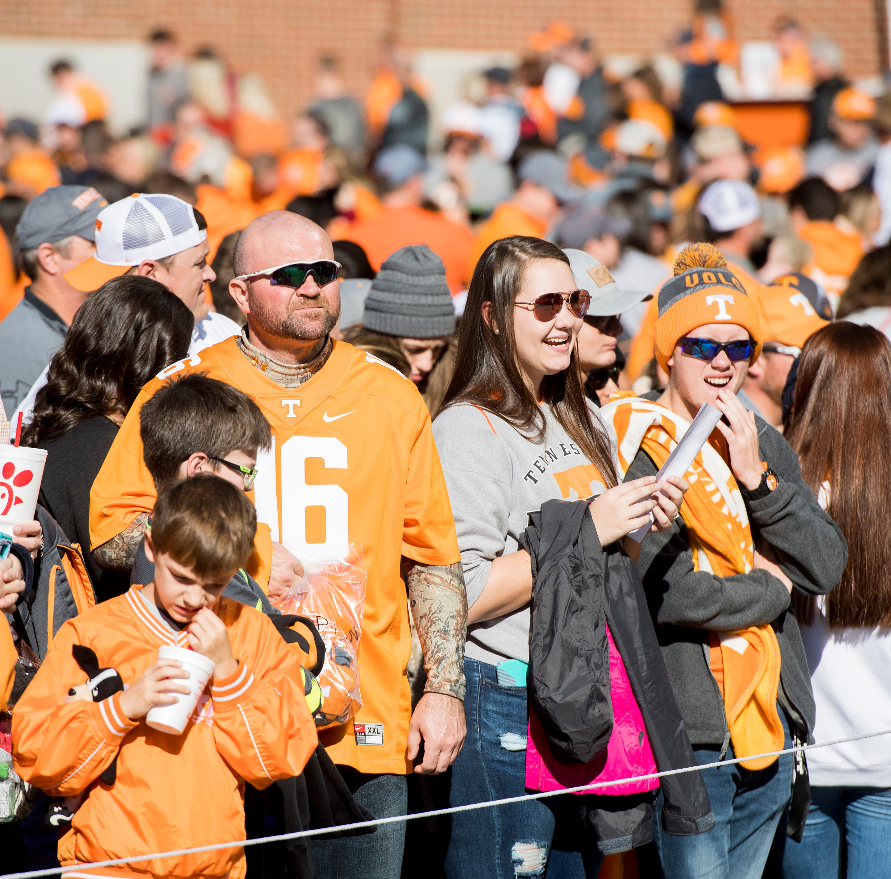Vols student becomes meme after Keller Chryst interception