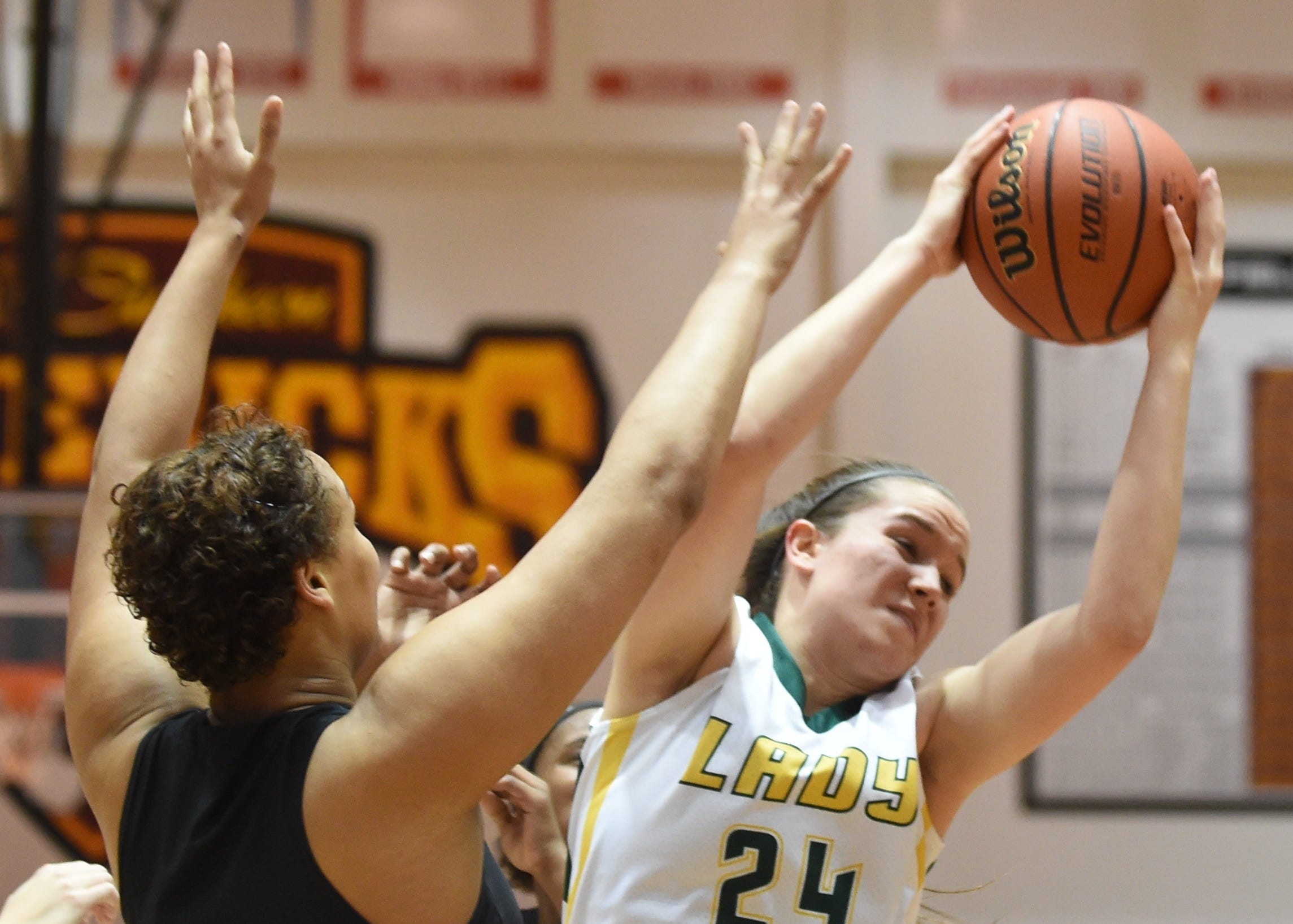 Audrey Strawsma's double-double helped Benton Central win the fourth girls basketball semistate title in program history.