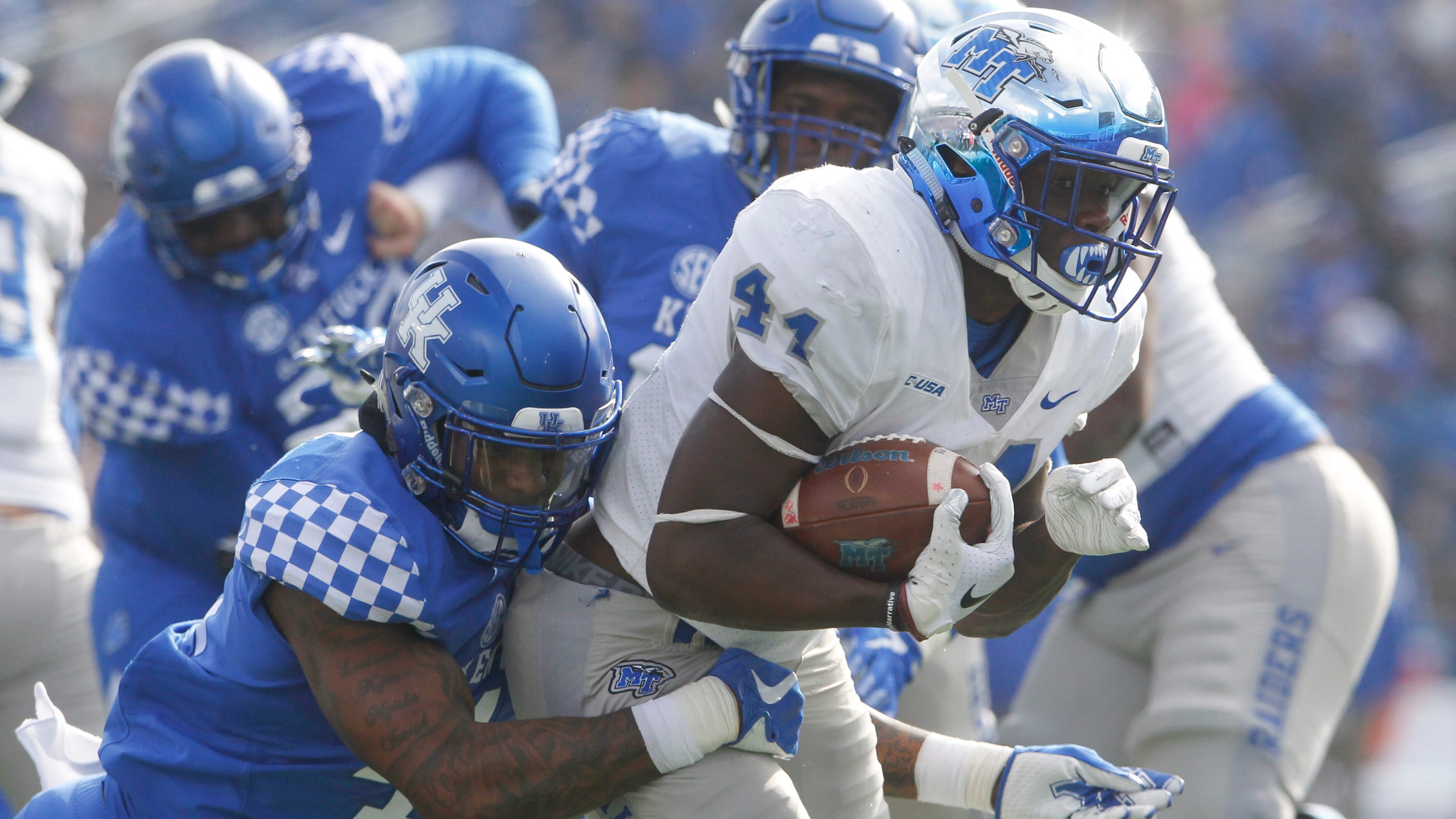 Kentucky football seniors step up to hold off Middle Tennessee 306e8c2e3