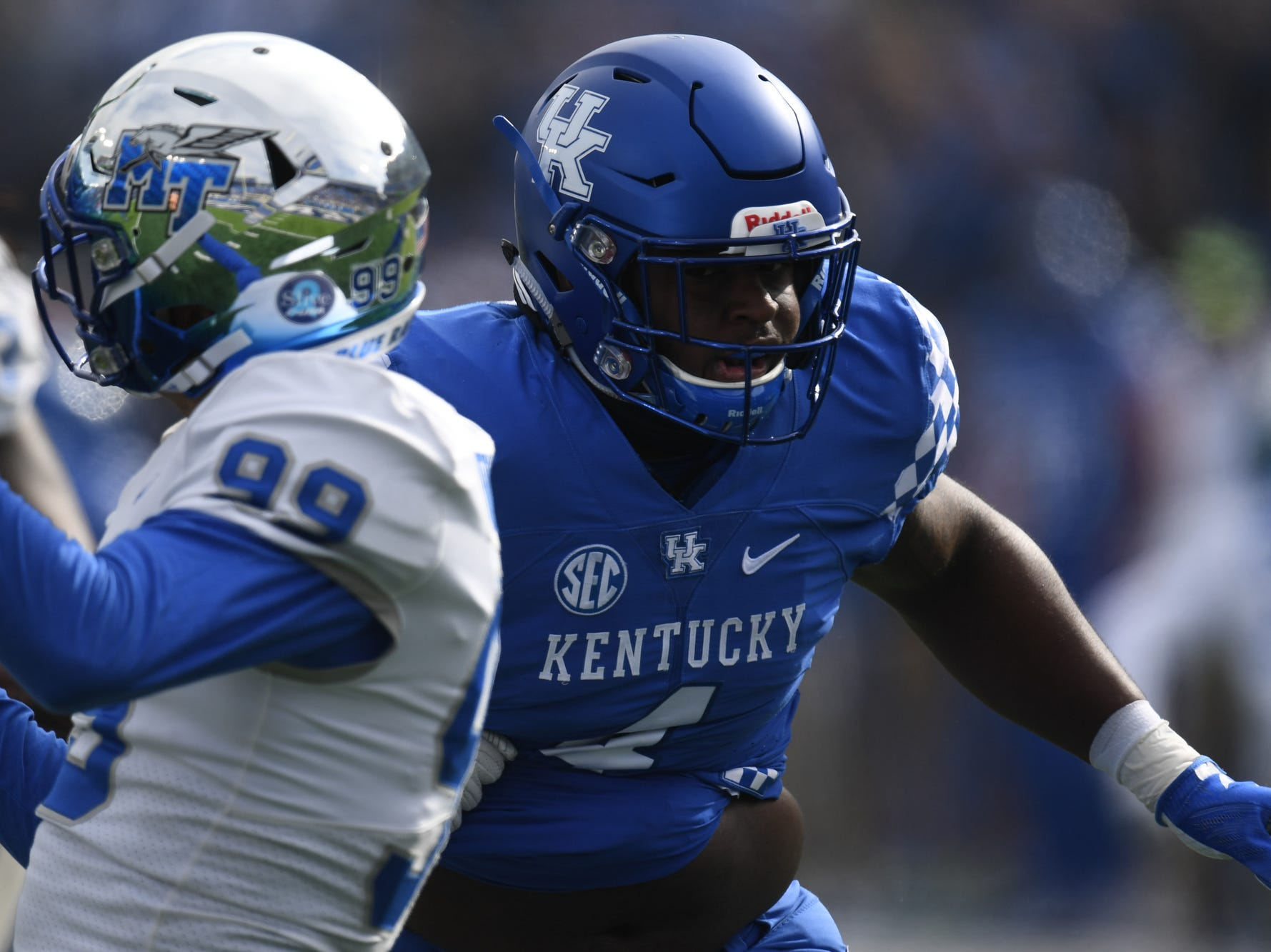 UK DL Joshua Paschal during the University of Kentucky football game against Middle Tennessee at Kroger Field in Lexington, Kentucky on Saturday, November 17, 2018.