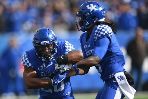 UK RB Benny Snell Jr. receives a handoff from QB Terry Wilson during the  University 0f9b556b6