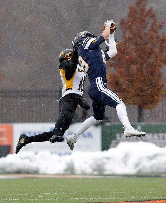 Dewitt Mhsaa Semifinal Football Vs Detroit King