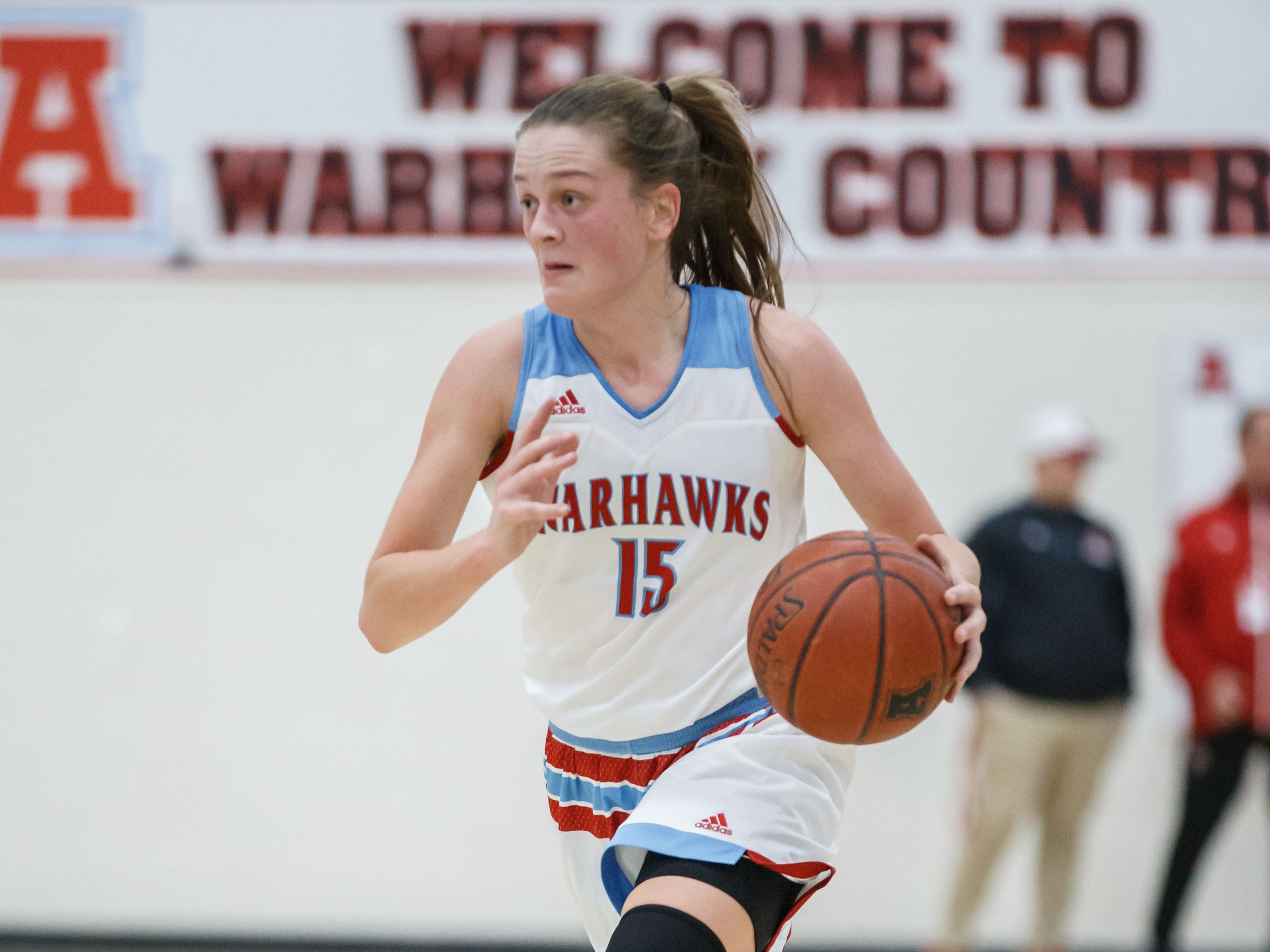 Arrowhead sophomore Phoebe Frentzel (15) races downcourt during the game at home against Oak Creek on Friday, Nov. 16, 2018.