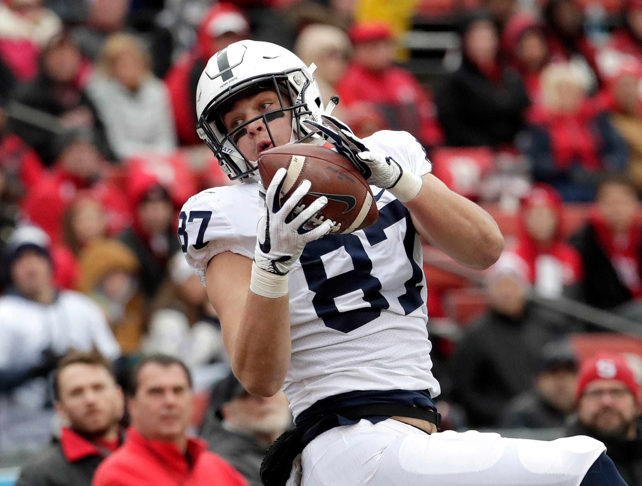 Penn State tight end Pat Freiermuth catches a touchdown pass from quarterback Trace McSorley during the second half of an NCAA college football game against Rutgers, Saturday, Nov. 17, 2018, in Piscataway, N.J. (AP Photo/Julio Cortez)