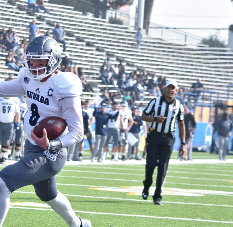 Wolf Pack overcomes Spartans, bad air to pick up seventh win