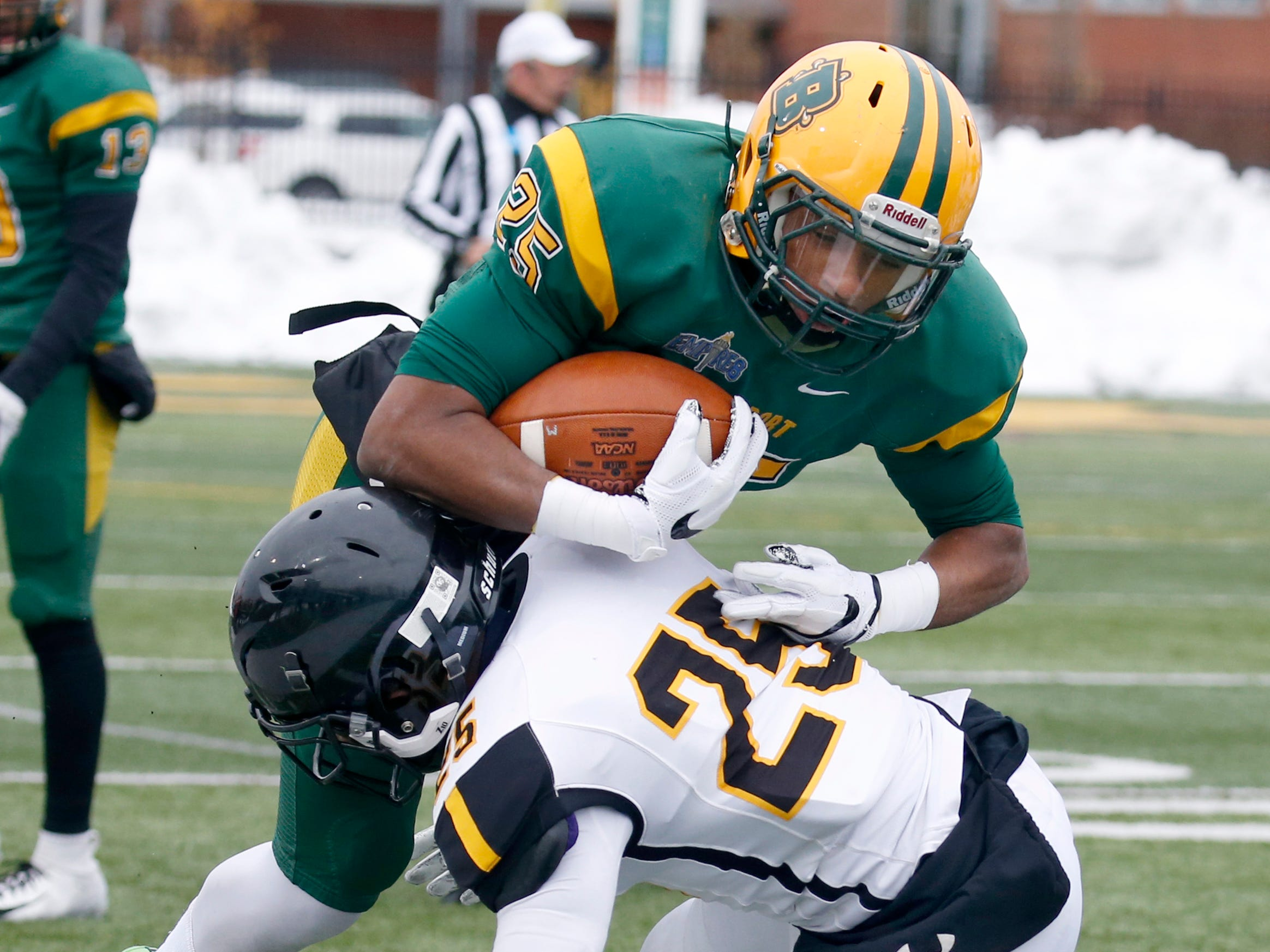 College at Brockport upset by RPI in second round of NCAA Division III Football playoffs