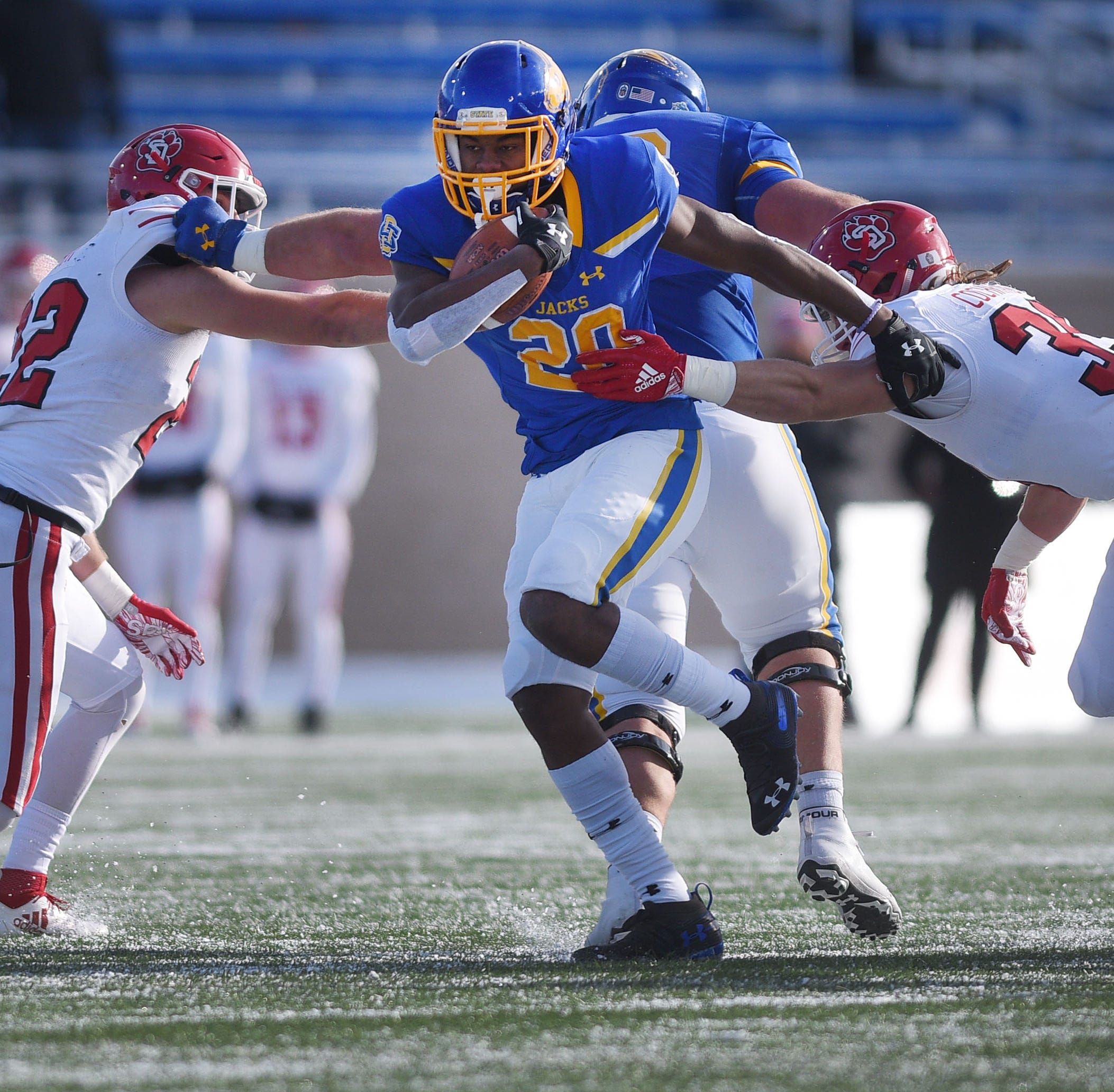South Dakota State secures playoff bye with win over South Dakota