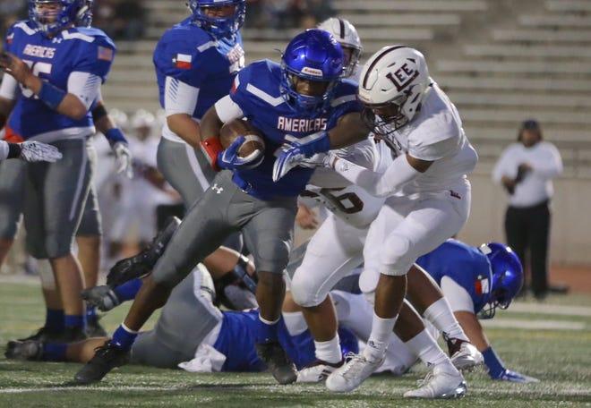 Americas High School scores a touchdown, tying their bi-district playoff game against Midland Lee 7-7.