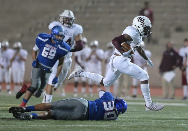 Midland Lee defeated Americas 70-12 Friday night at the SAC to continue their run in the state 5A playoffs.