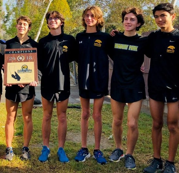 Newbury Park boys, Foothill Tech girls win CIF-Southern Section cross country titles