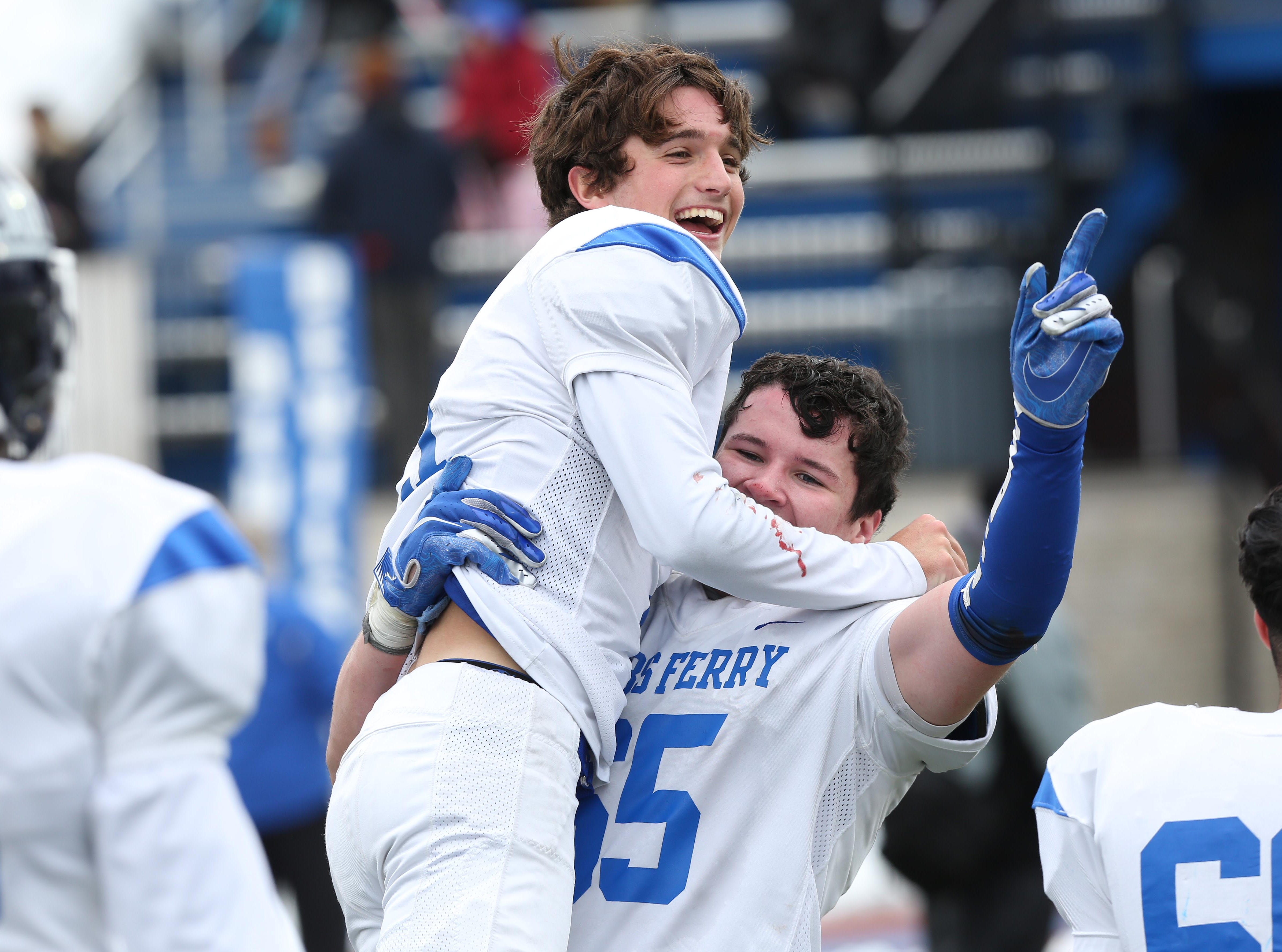 Football: Dobbs Ferry is heading back to the Dome after running away from Ogdensburg
