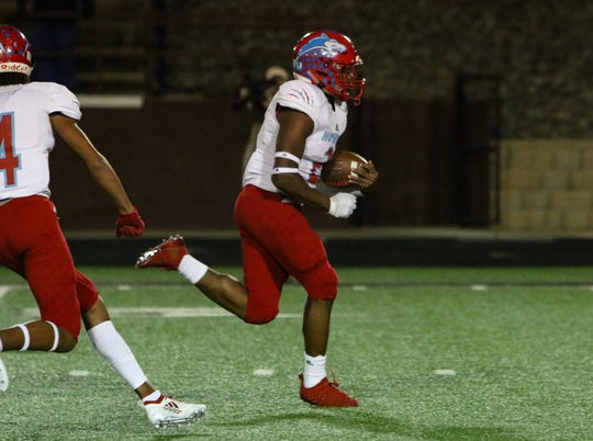 Hirschi's Fred Fleeks runs for a touchdown against Pampa Friday, Nov. 16, 2018, in the Region I-4A bi-district game in Vernon.
