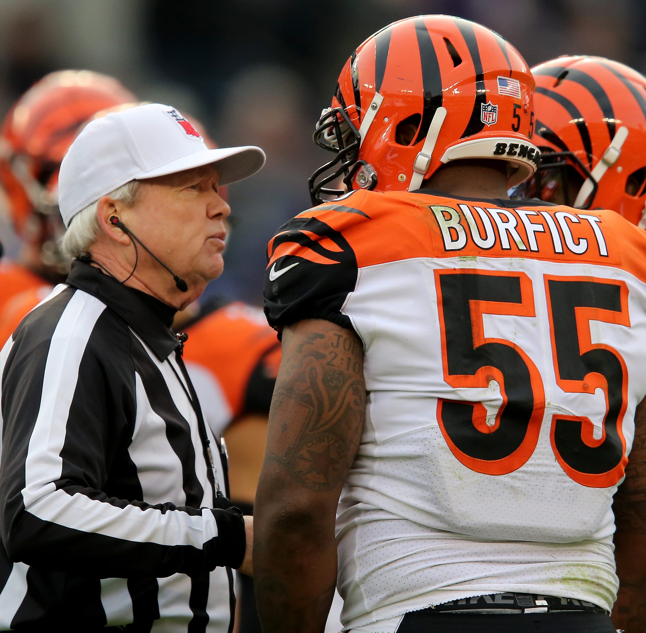 Watch: Baltimore Ravens' Marshal Yanda spits at Bengals' Vontaze Burfict