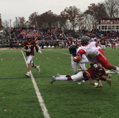 NJ football: Valiant Rahway falls to impressive Summit in North 2 Group III final