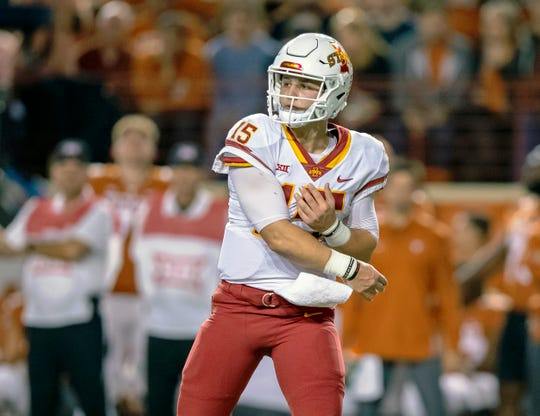Nov 17, 2018; Austin, TX, USA; Iowa State Cyclones quarterback Brock Purdy (15) passes against the Texas Longhorns during the first quarter at Darrell K Royal-Texas Memorial Stadium. Mandatory Credit: John Gutierrez-USA TODAY Sports