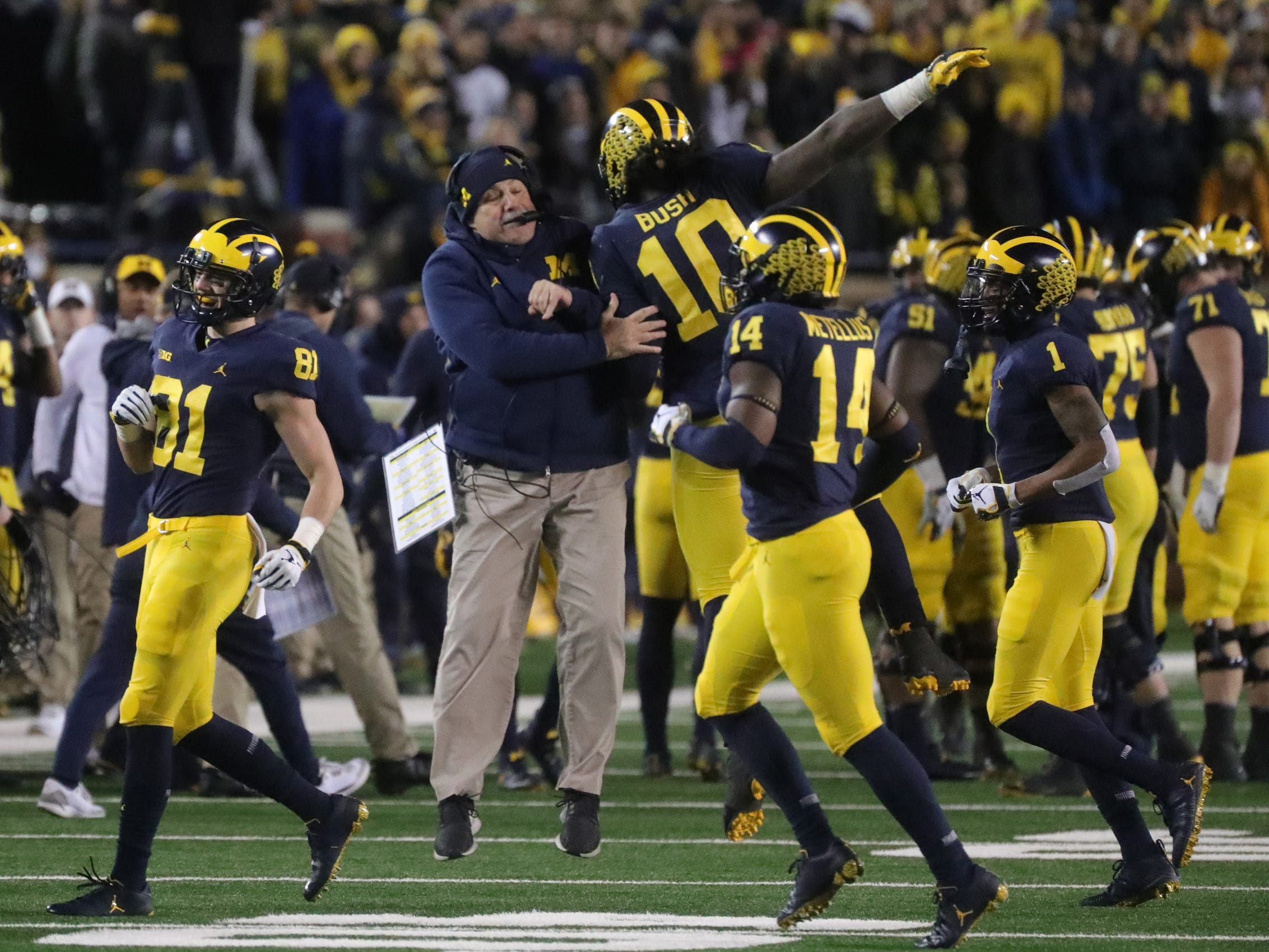 Michigan football and Ohio State both picked up wins heading into the season finale that will send the winner to the Big Ten championship game. But where are they ranked in the Free Press' top 25 poll headed in? Receiving votes this week: N.C. State, Iowa State and Cincinnati. Dropping out: Iowa State, UAB, Cincinnati and Boston College.