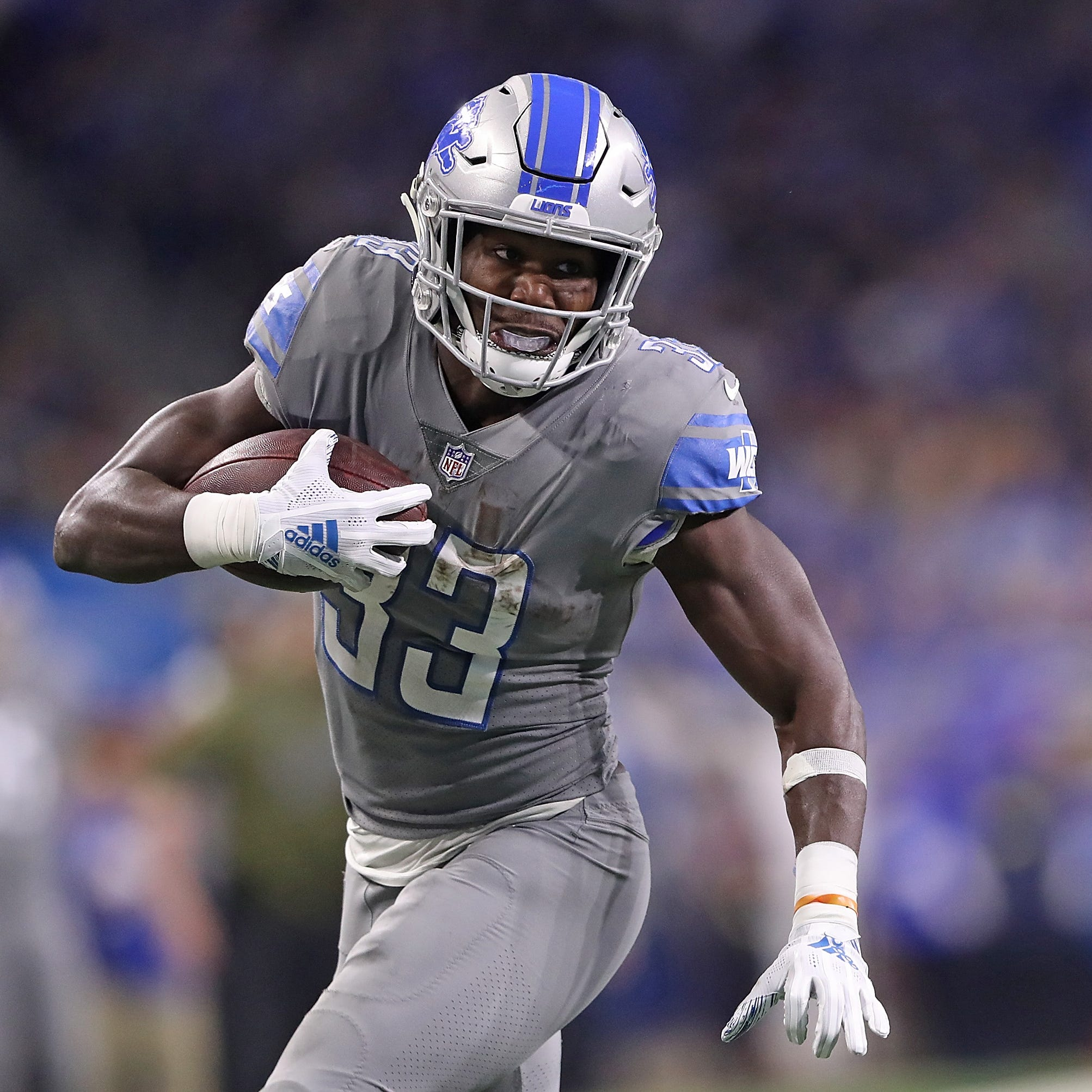 Kerryon Johnson leaves Detroit Lions game with knee injury