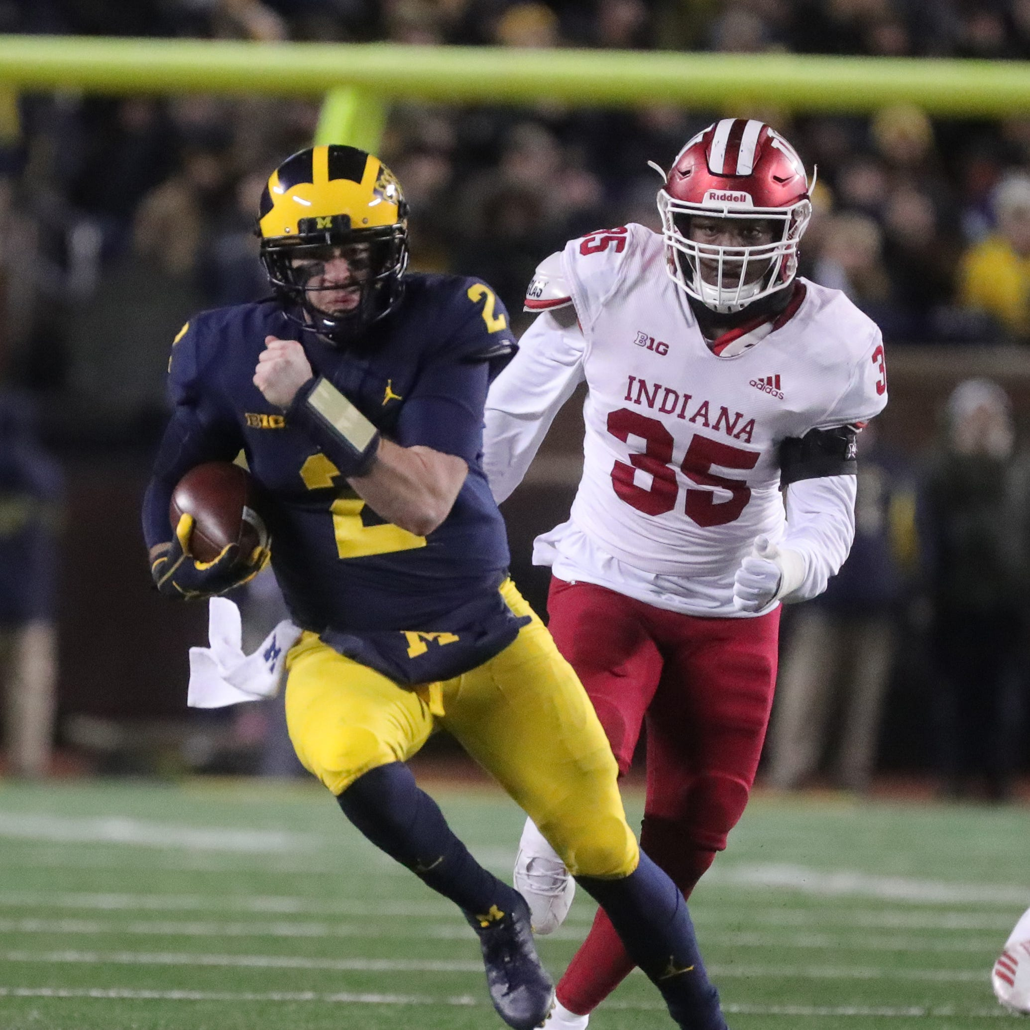 Michigan football remains fourth in AP poll; Ohio State down to 10th