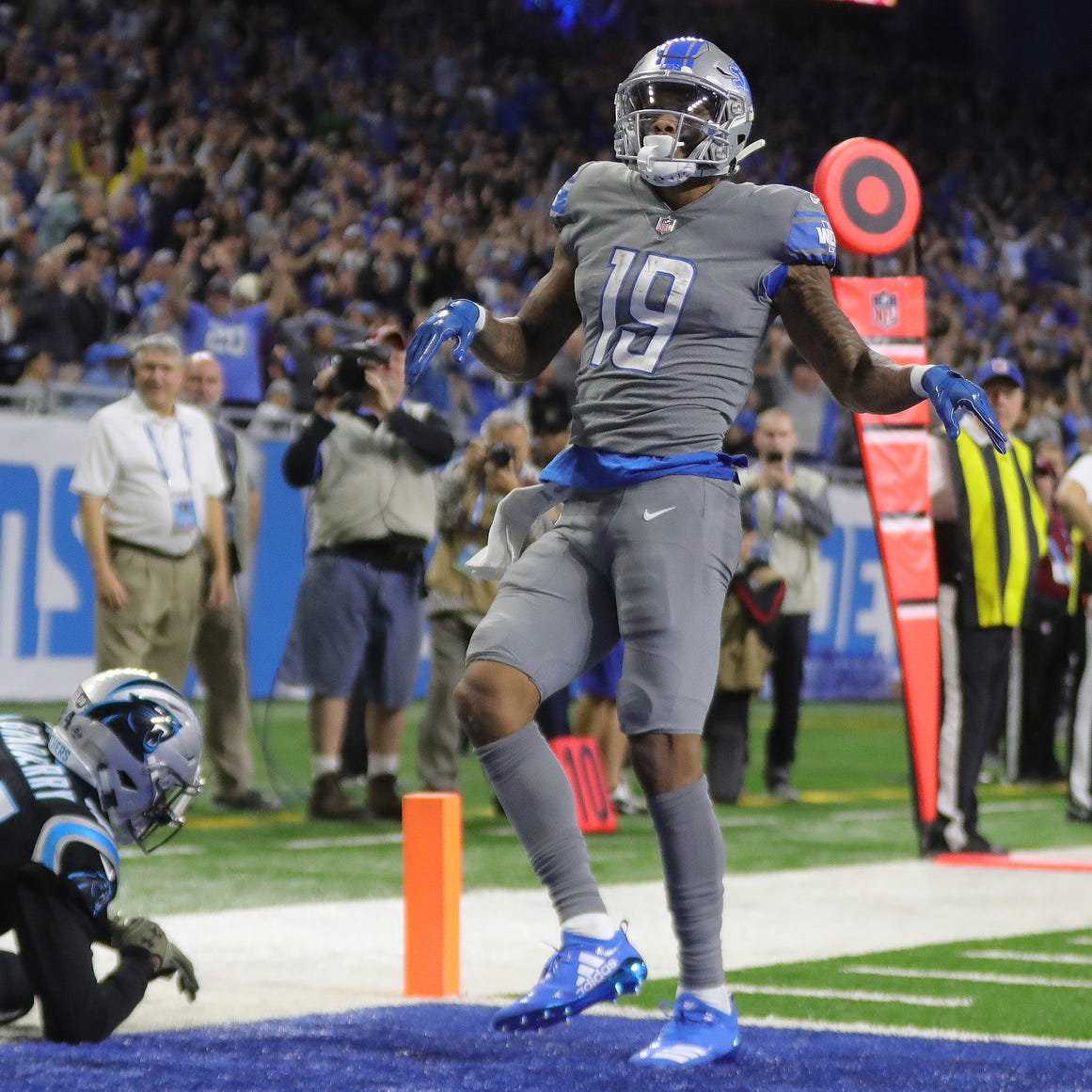 Lions win meaningless game as Kenny Golladay turns into Calvin Johnson