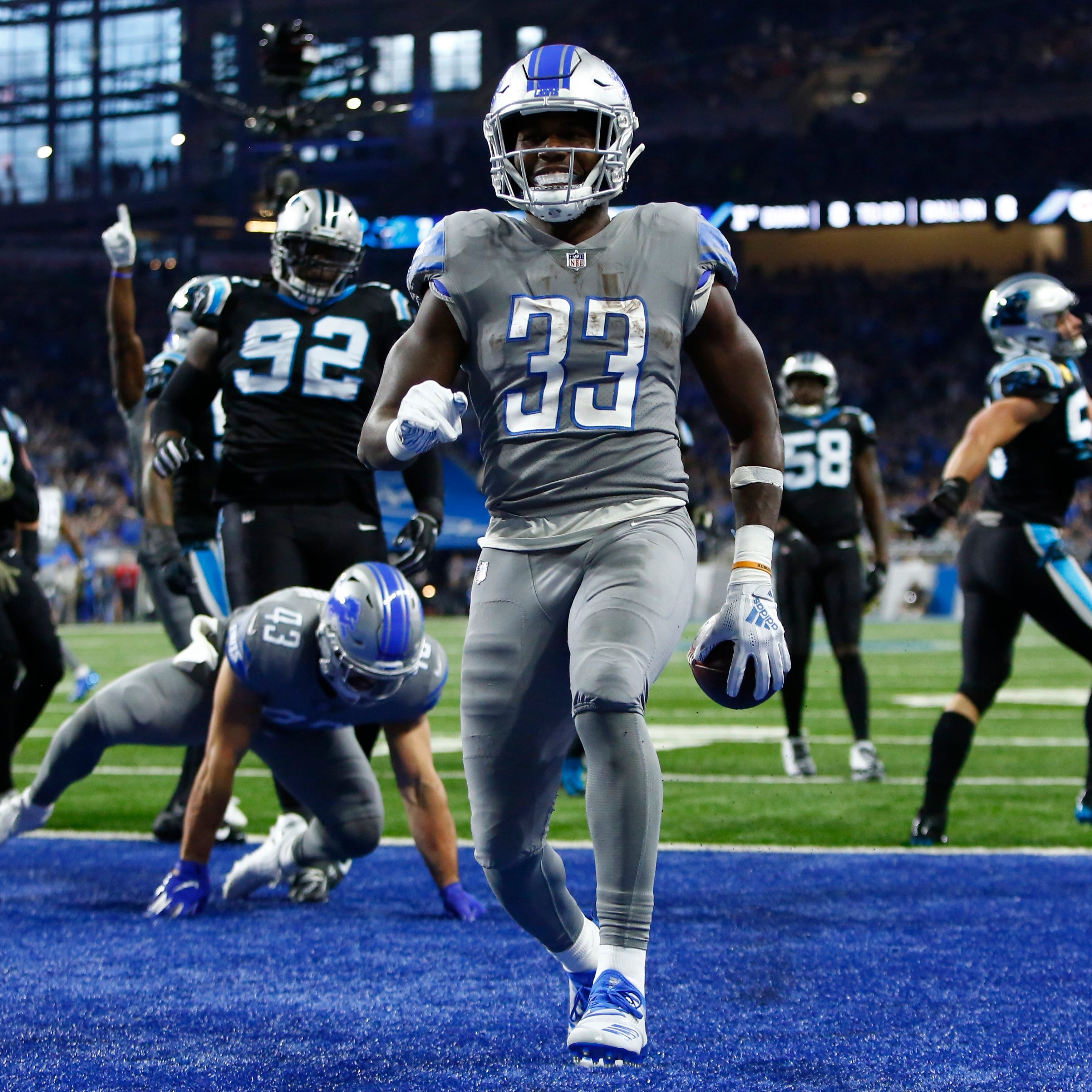 Lions RB Kerryon Johnson suffers knee injury in win