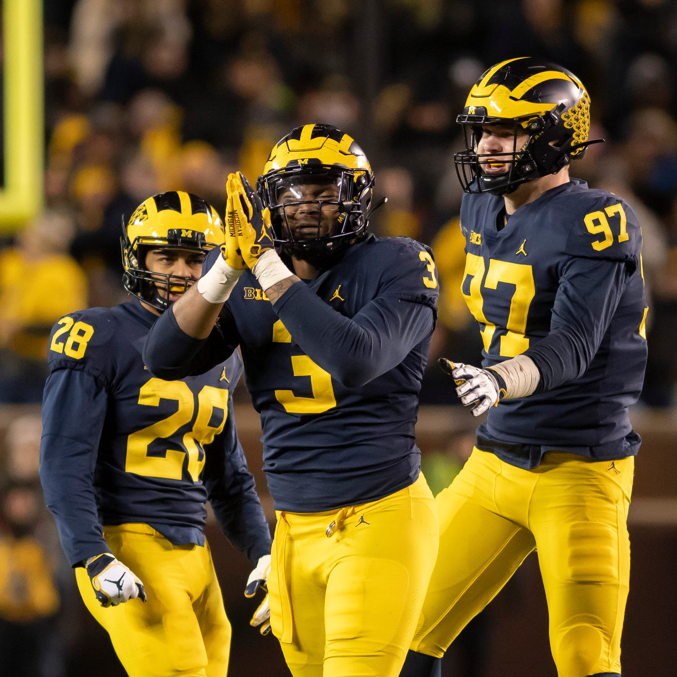 Michigan still No. 4, top six unchanged in both polls