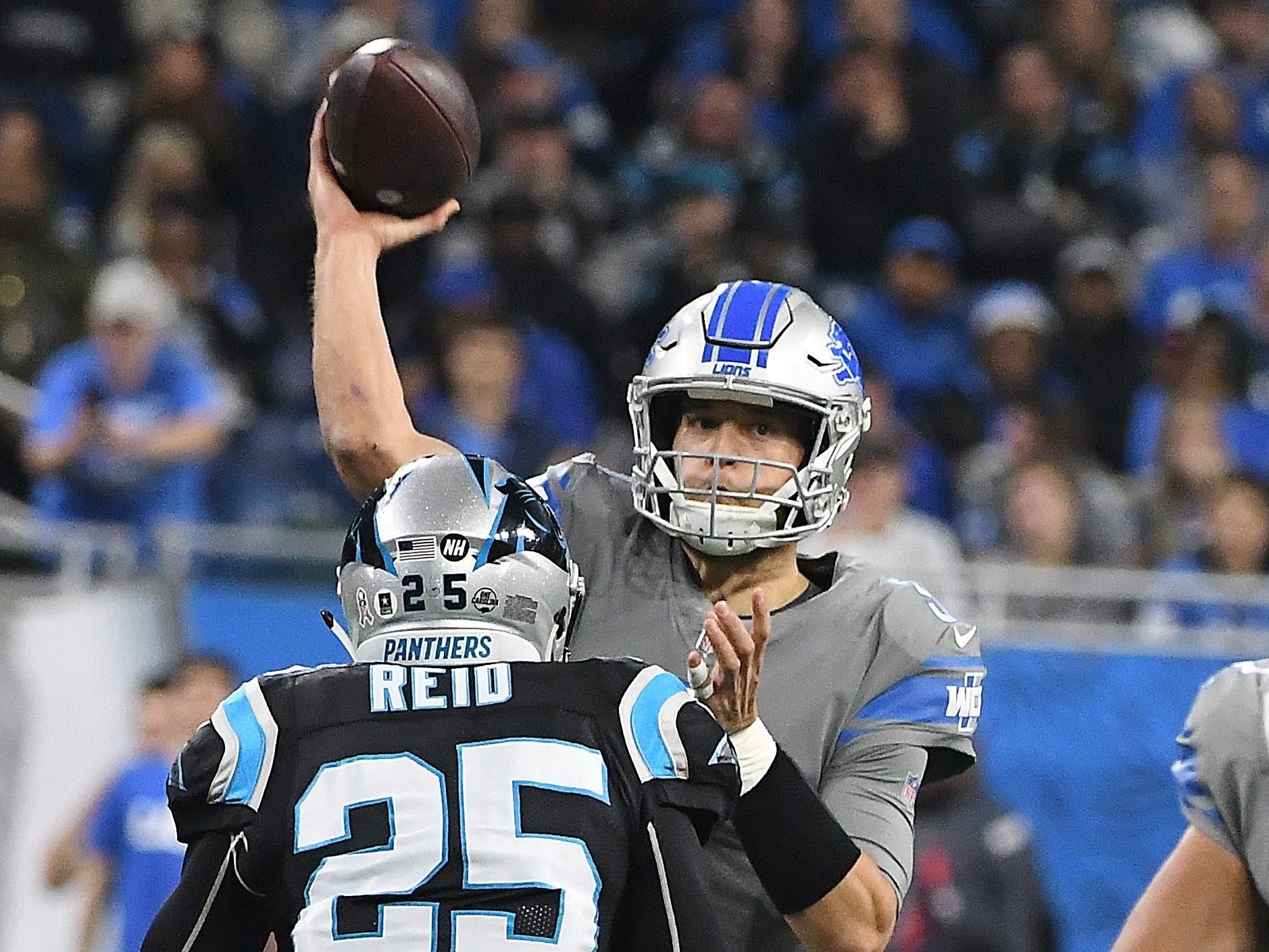 Lions quarterback Matthew Stafford throws in the second quarter.