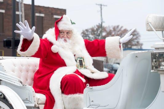 02 Christmas Parade