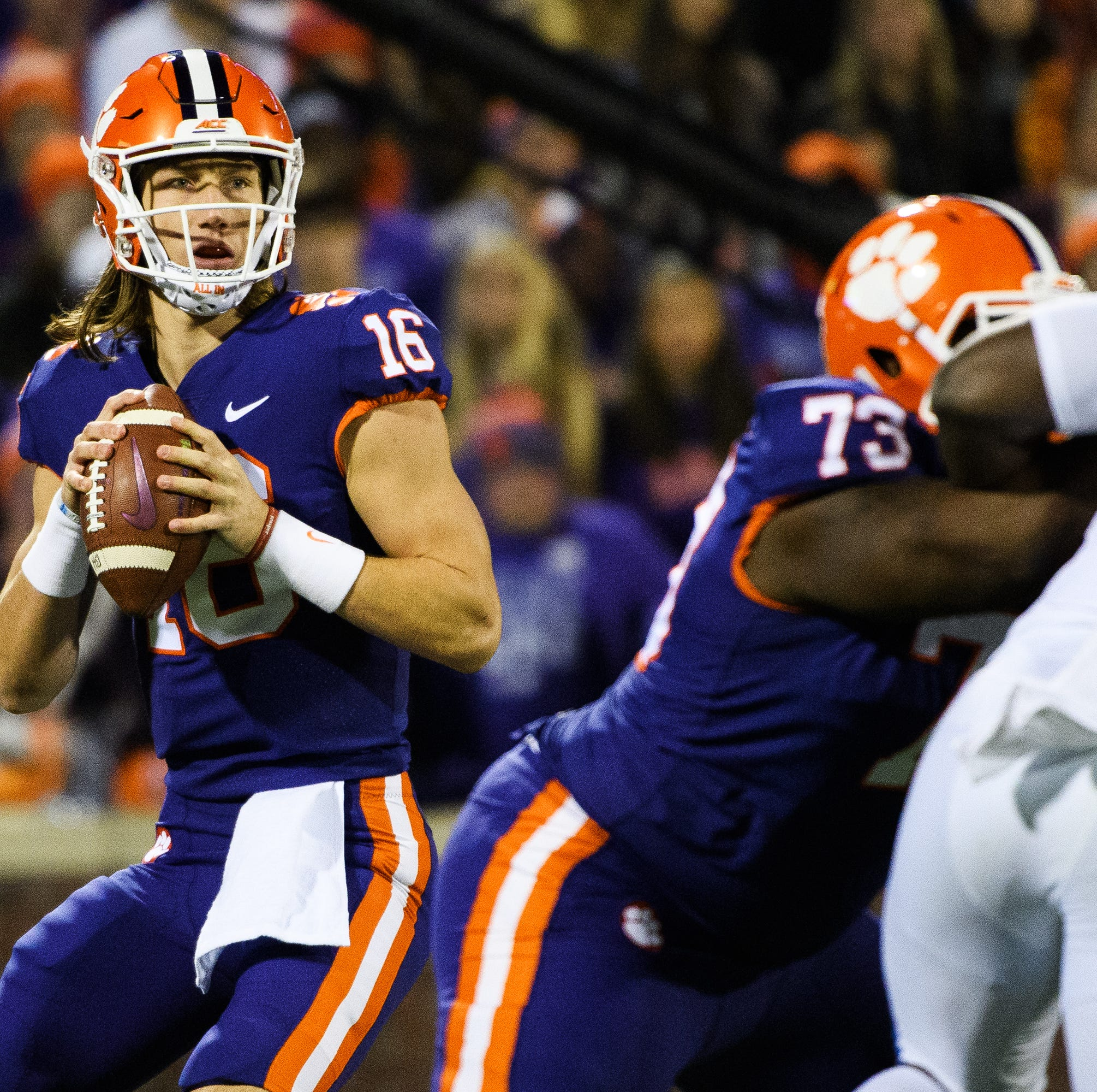 Live updates: Clemson increases its lead against Duke; Hunter Renfrow will not return