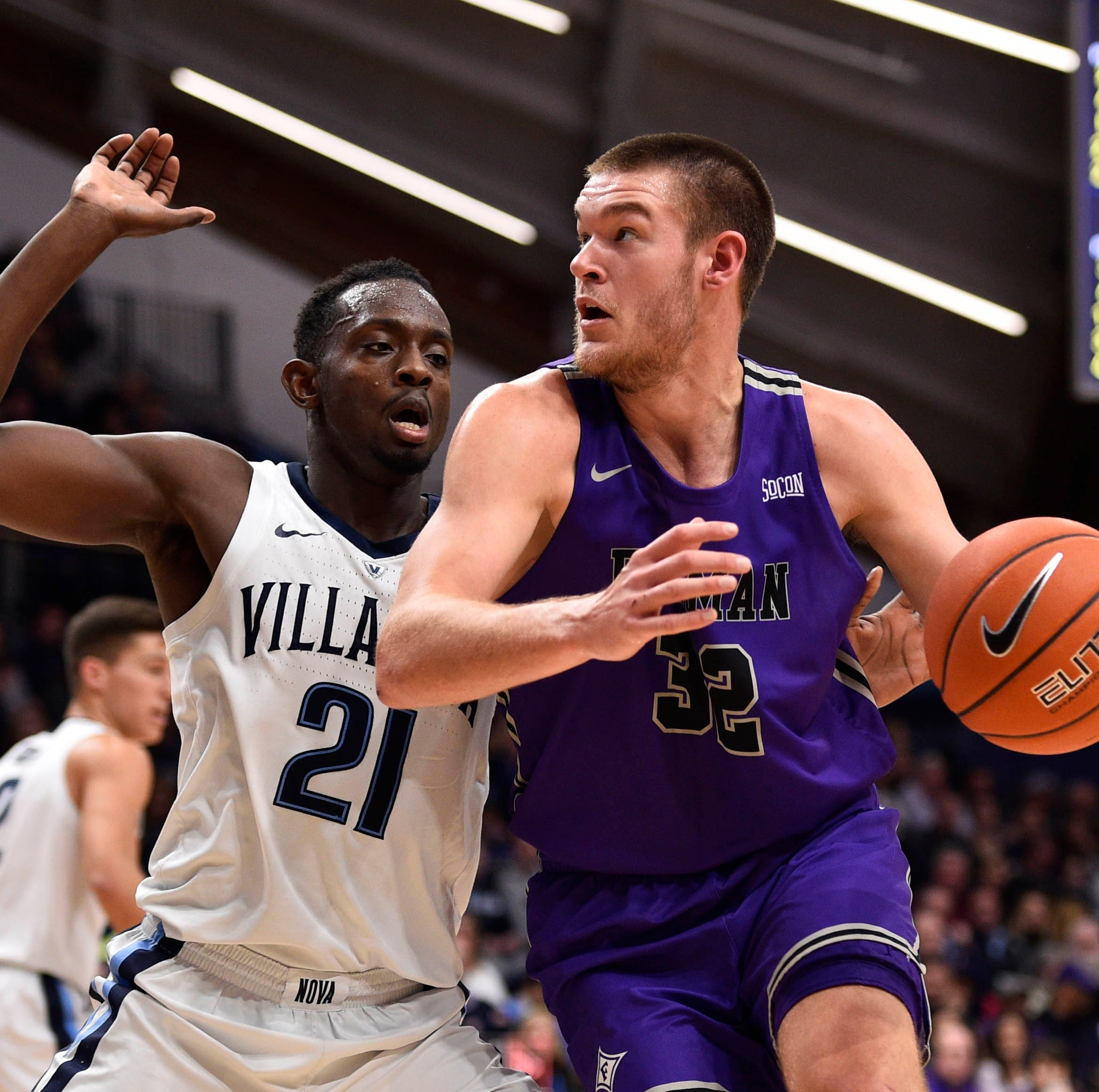 Furman basketball shocks defending national champion Villanova