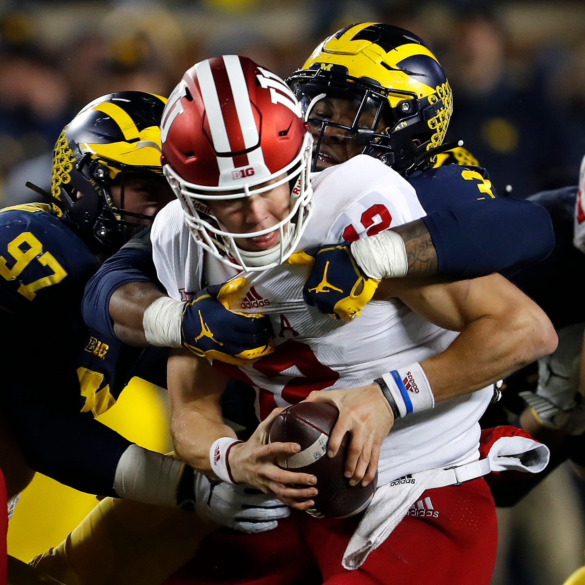 Familiar outcome has Hoosiers 1 game shy of bowl eligibility with 1 game left