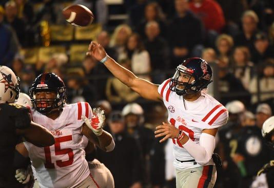 Ncaa Football Mississippi At Vanderbilt
