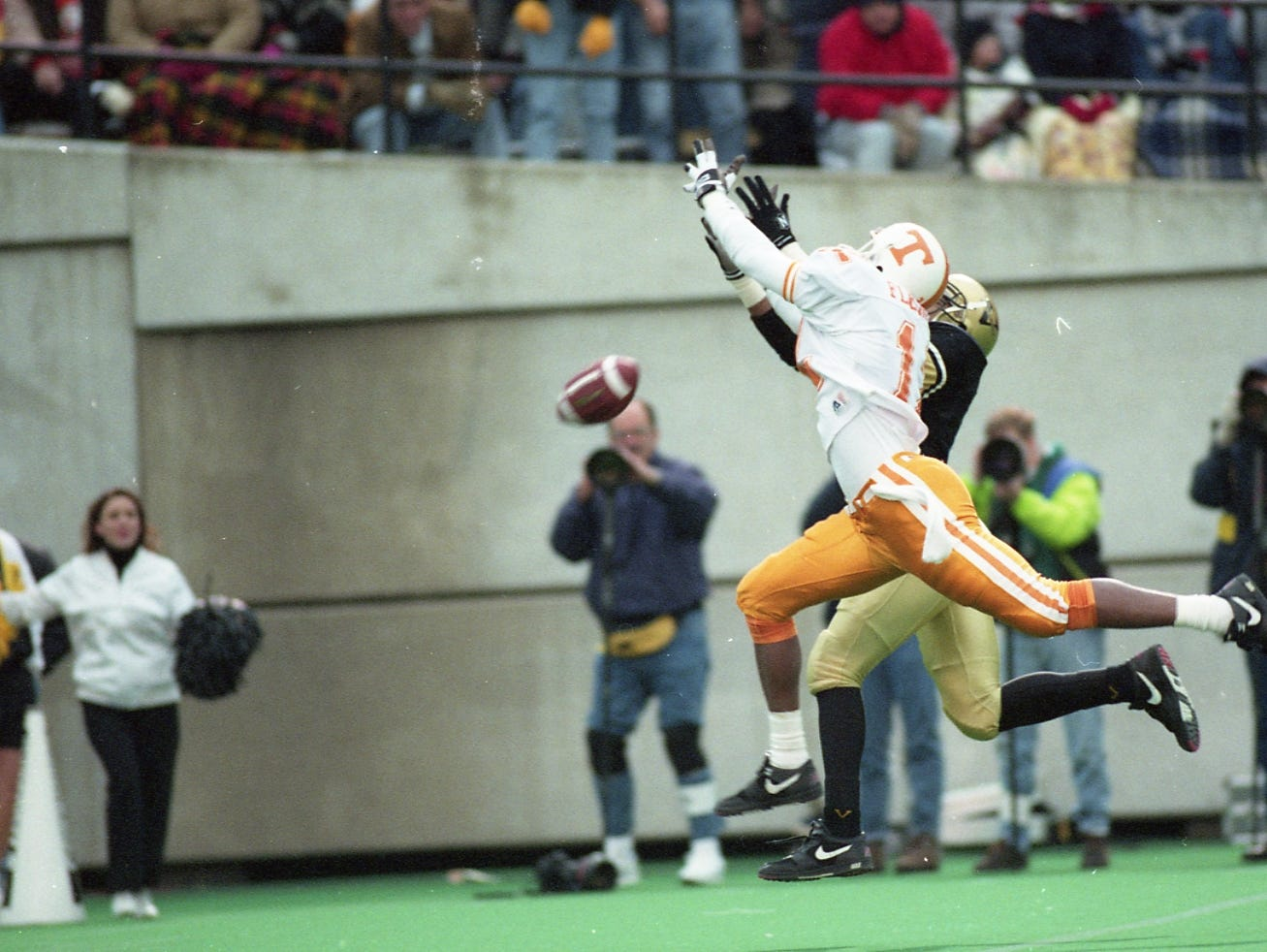 A Heath Shuler pass slips through the fingertips of Tennessee wide receiver Cory Fleming on on November 28, 1992.