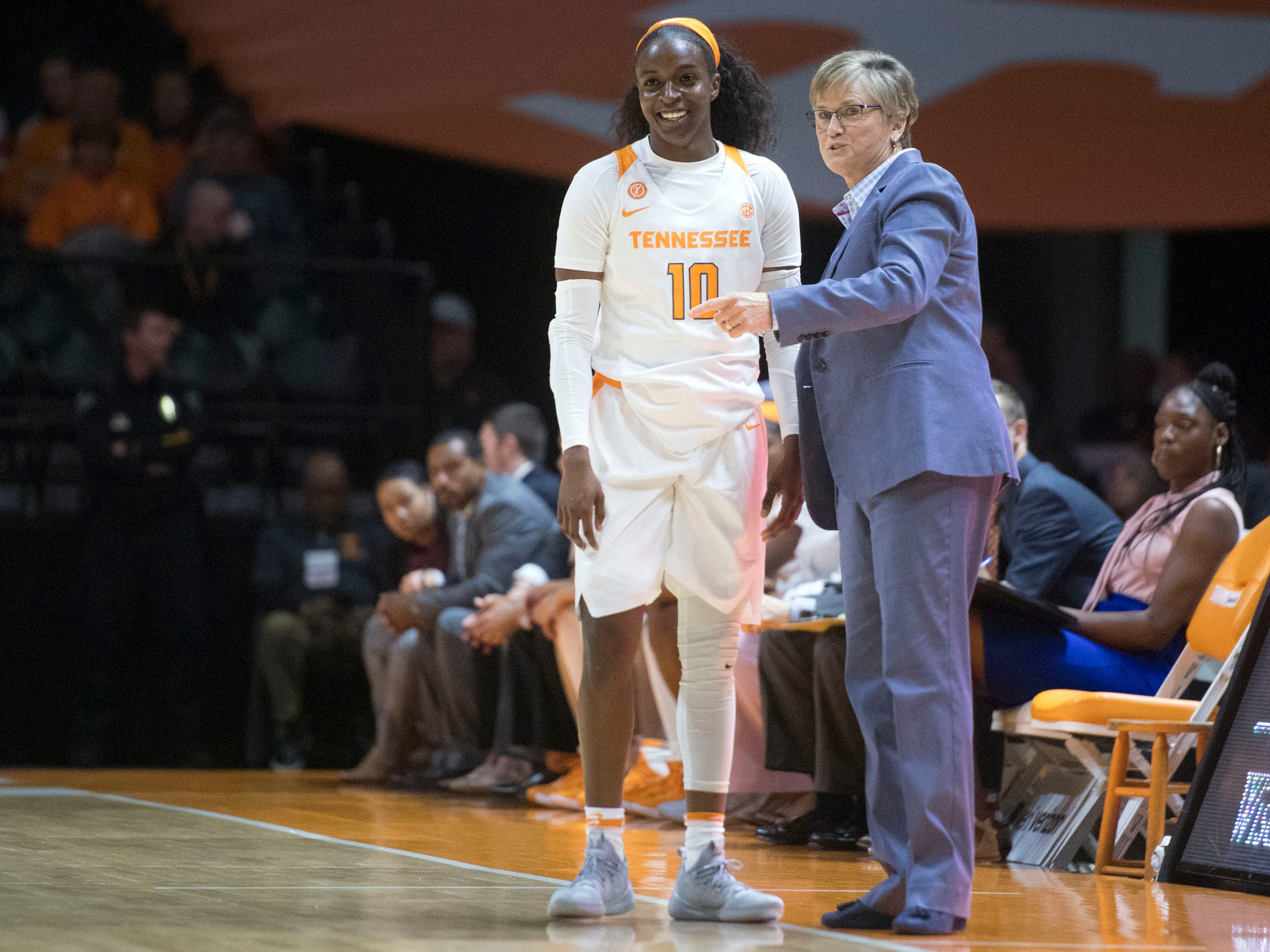 Tennessee head coach Holly Warlick talks with Meme Jackson (10) during the game against Florida A&M on Sunday, November 18, 2018 at Thompson-Boling Arena.