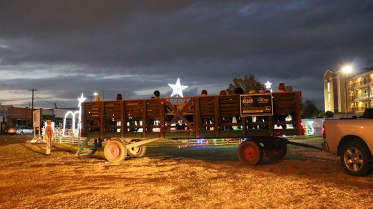 Open air wagon rides are Friday and Saturday.