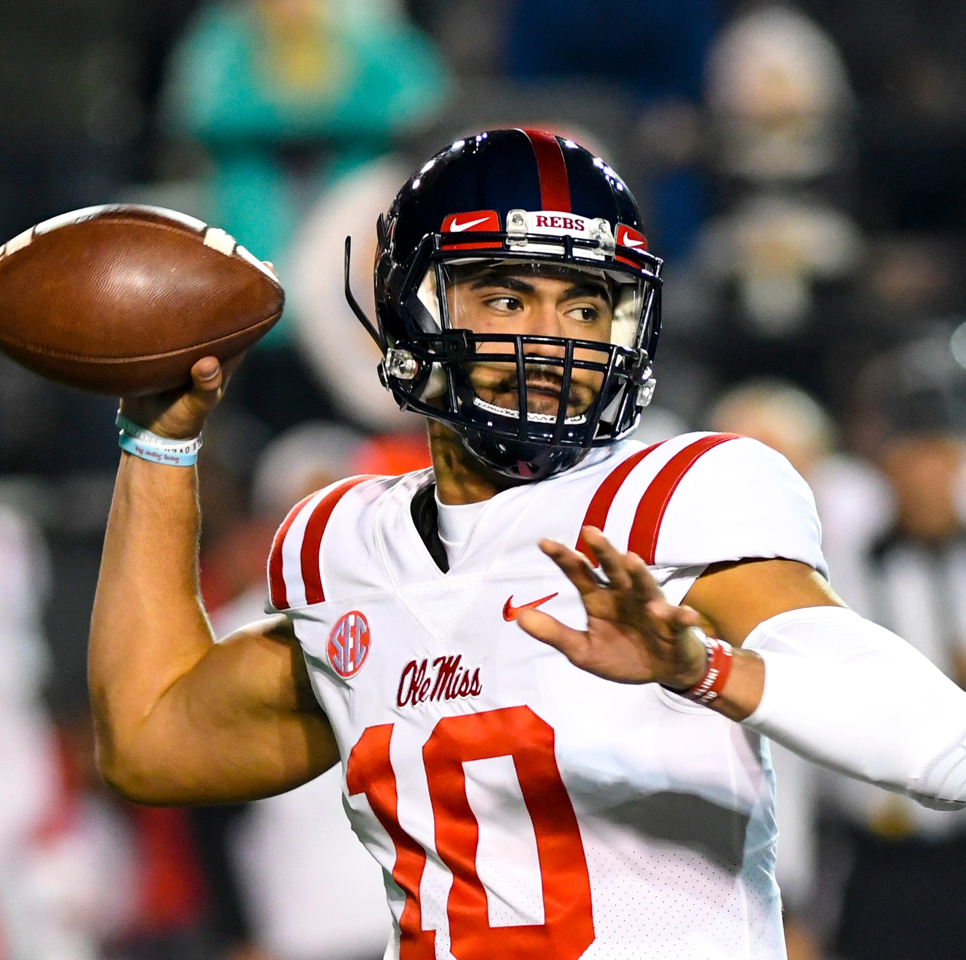 Ole Miss quarterback Jordan Ta'amu (10) passes during Vanderbilt's game against Ole Miss at Vanderbilt Stadium in Nashville on Saturday, Nov. 17, 2018.