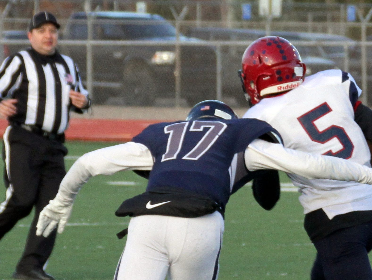 'Cat Ozzy Lopez (5) was able to keep the chains moving in his possession receiver role.
