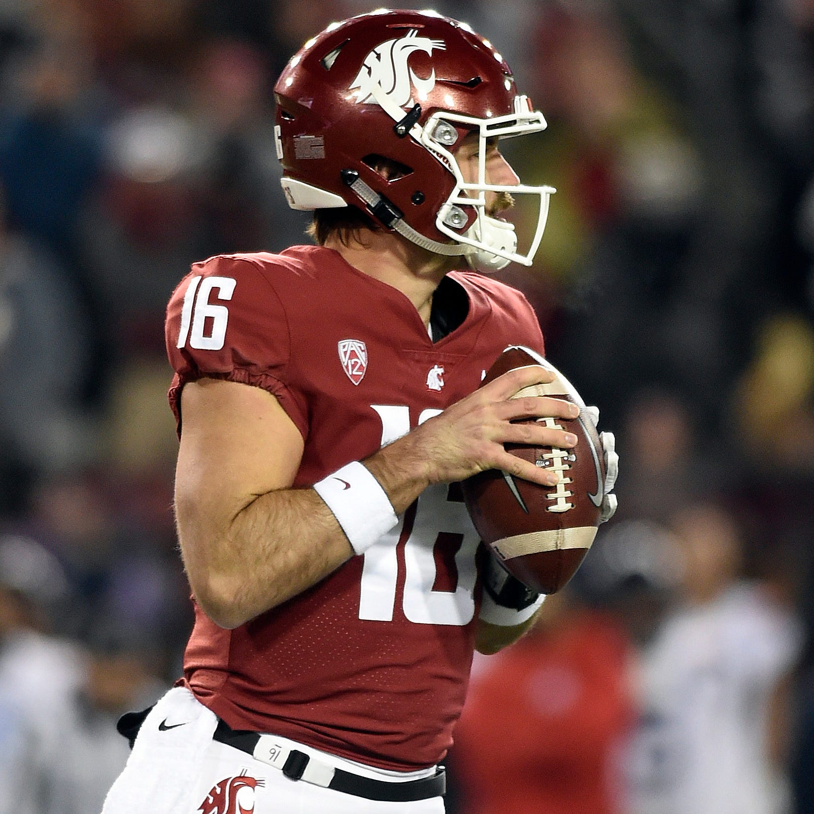 Washington State unloads on Arizona in record-setting night for Gardner Minshew
