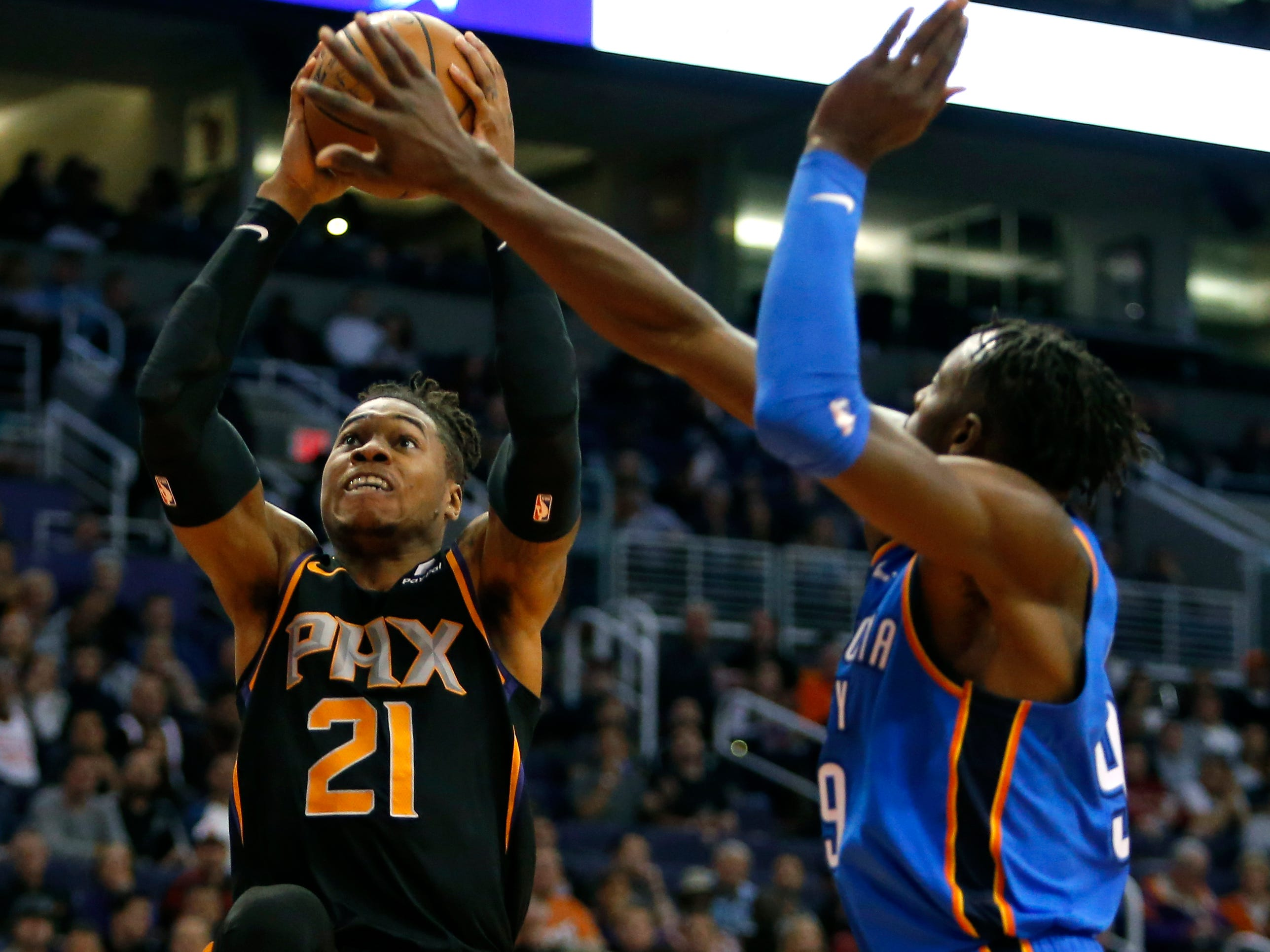 Phoenix Suns forward Richaun Holmes (21) in the first half during an NBA basketball game against the Oklahoma City Thunder, Saturday, Nov. 17, 2018, in Phoenix. (AP Photo/Rick Scuteri)
